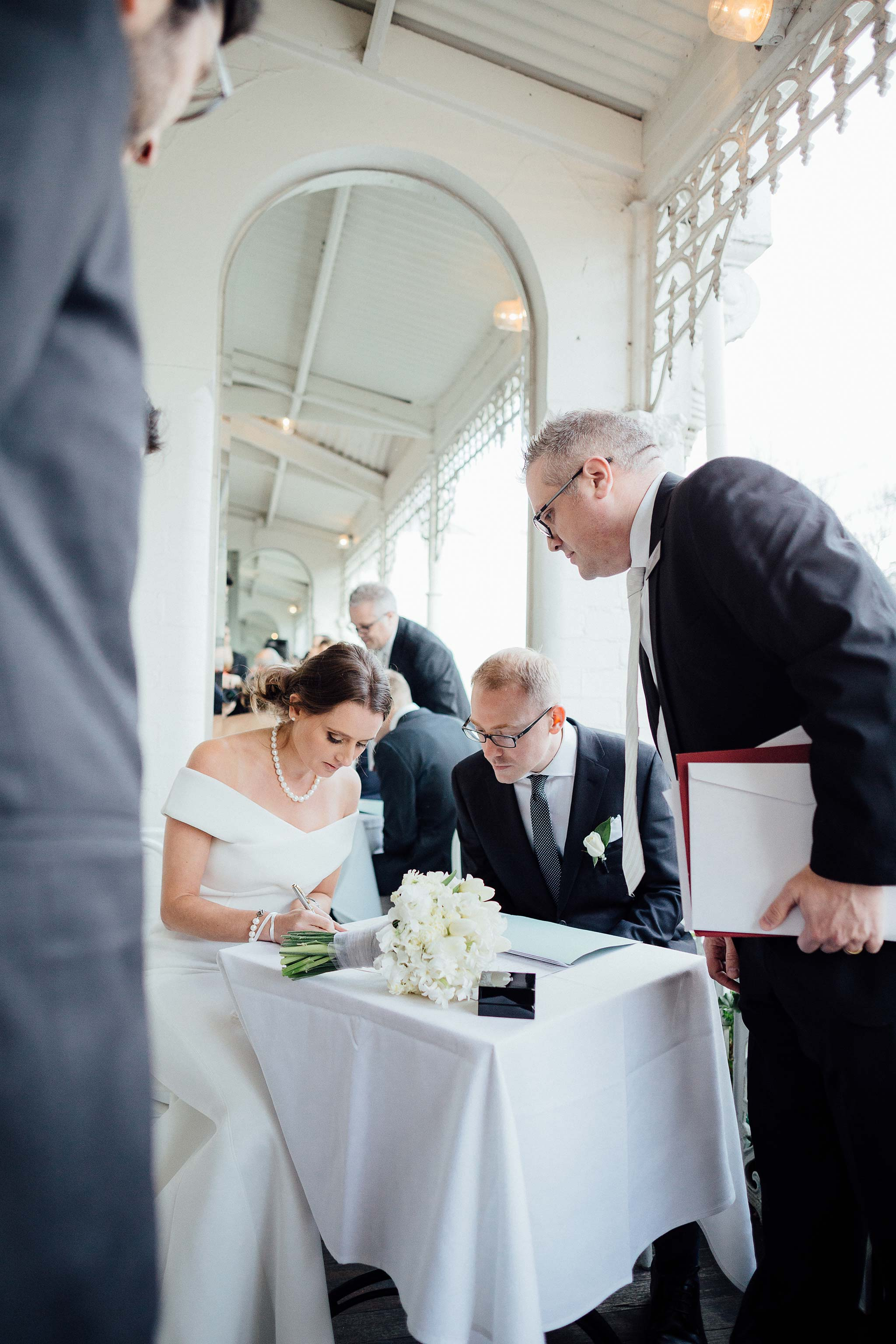 melbourne-entrecote-wedding-ceremony-signing