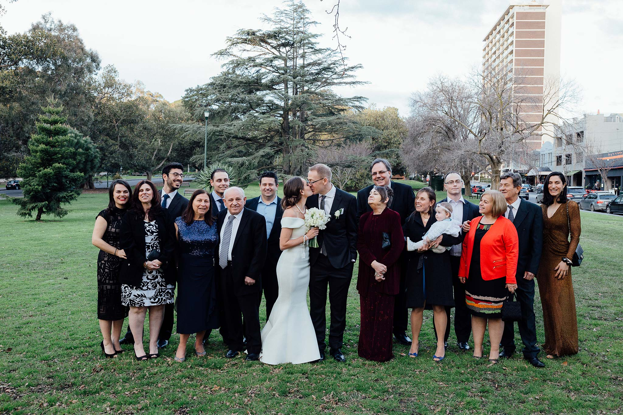 melbourne-entrecote-wedding-group-portrait