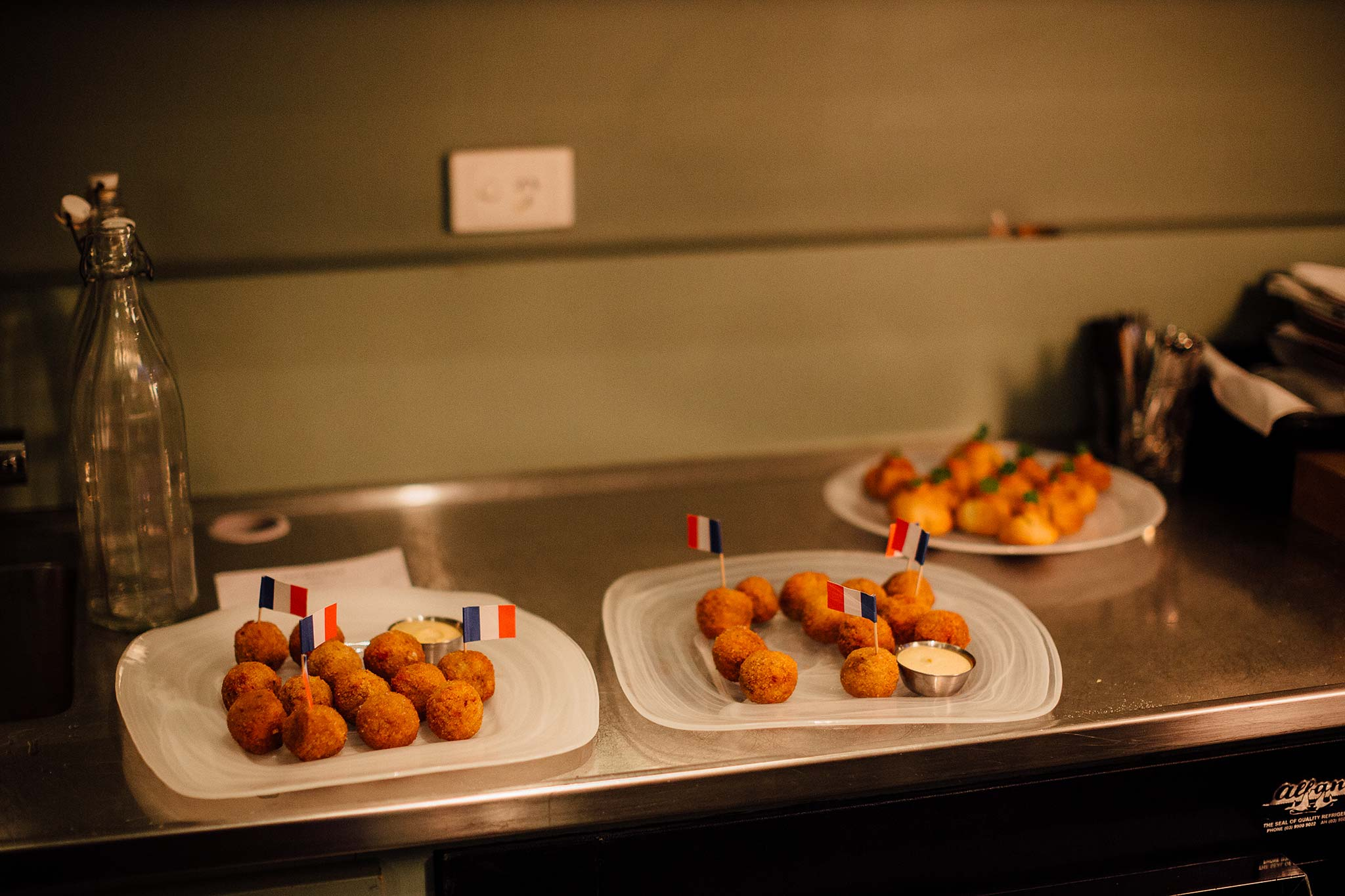 melbourne-entrecote-wedding-reception-canapes