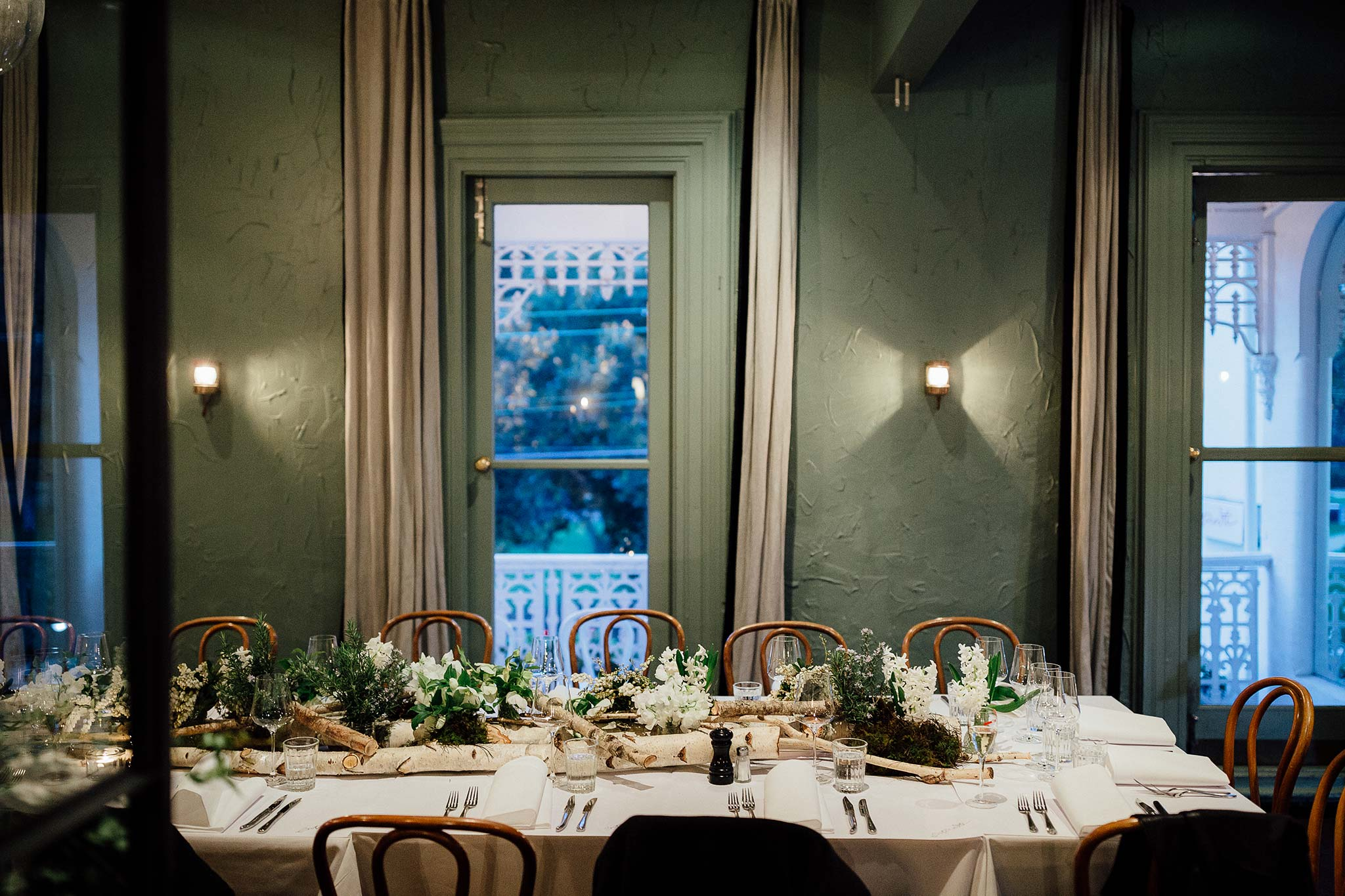 melbourne-entrecote-wedding-reception-private-room-decoration