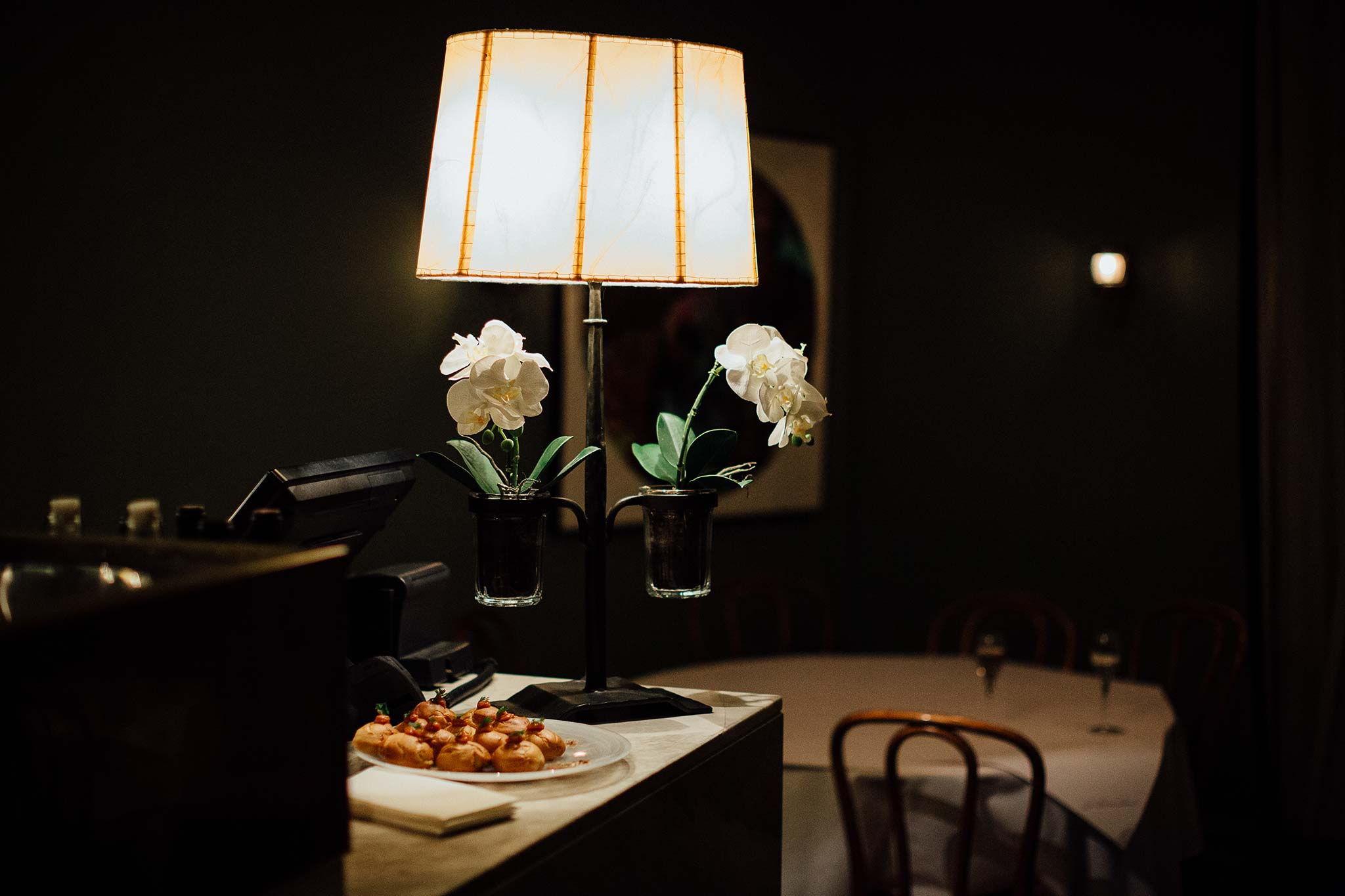 melbourne-entrecote-wedding-reception-lamp