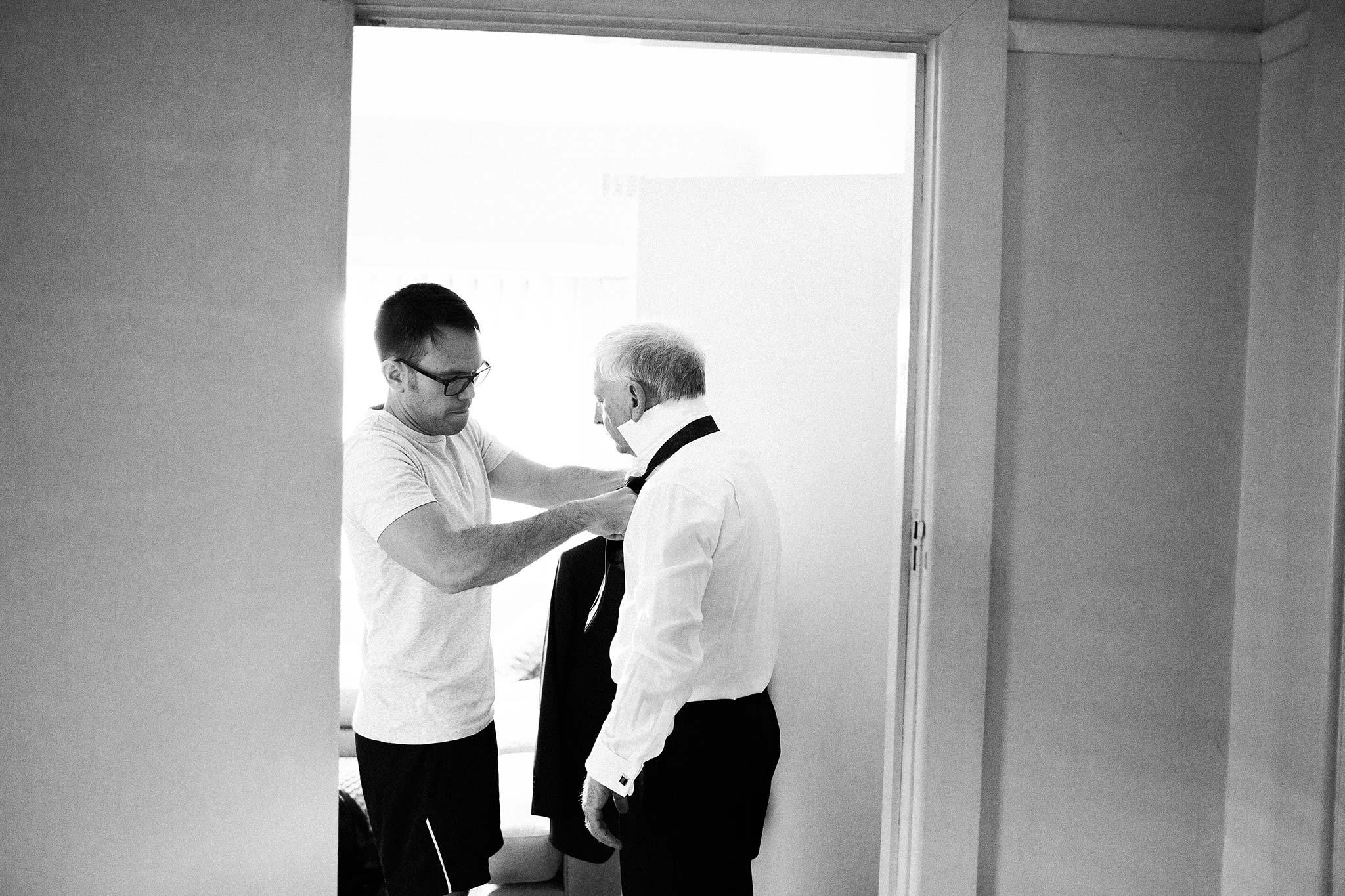 Strathmore-Melbourne-Backyard-Wedding-groom-father
