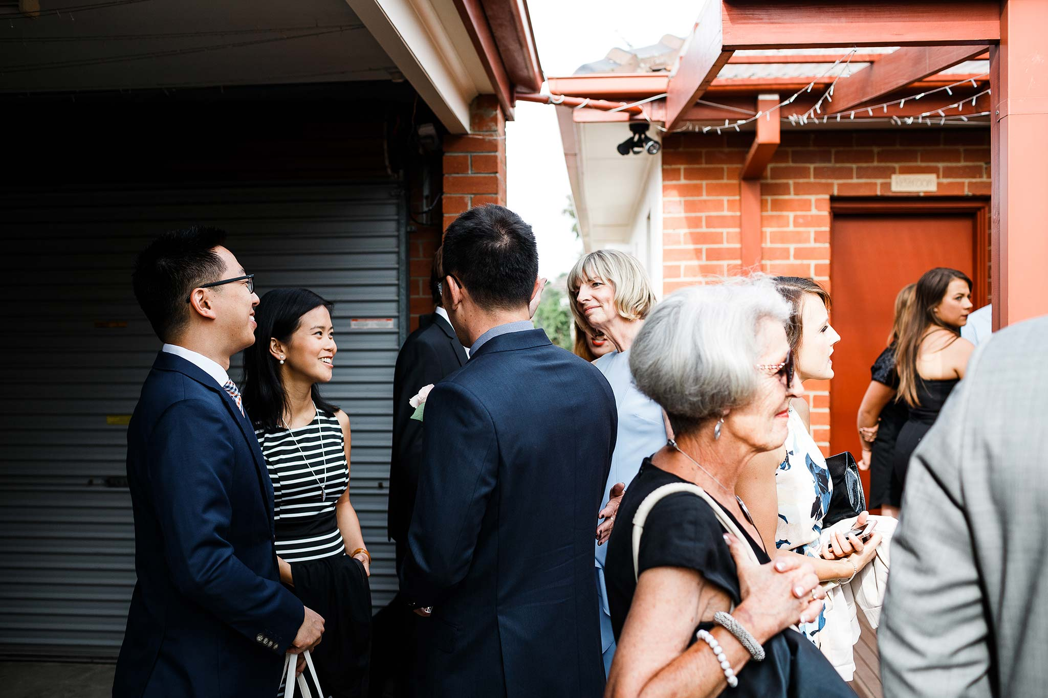 Strathmore-Melbourne-Backyard-Wedding-guests-arrival