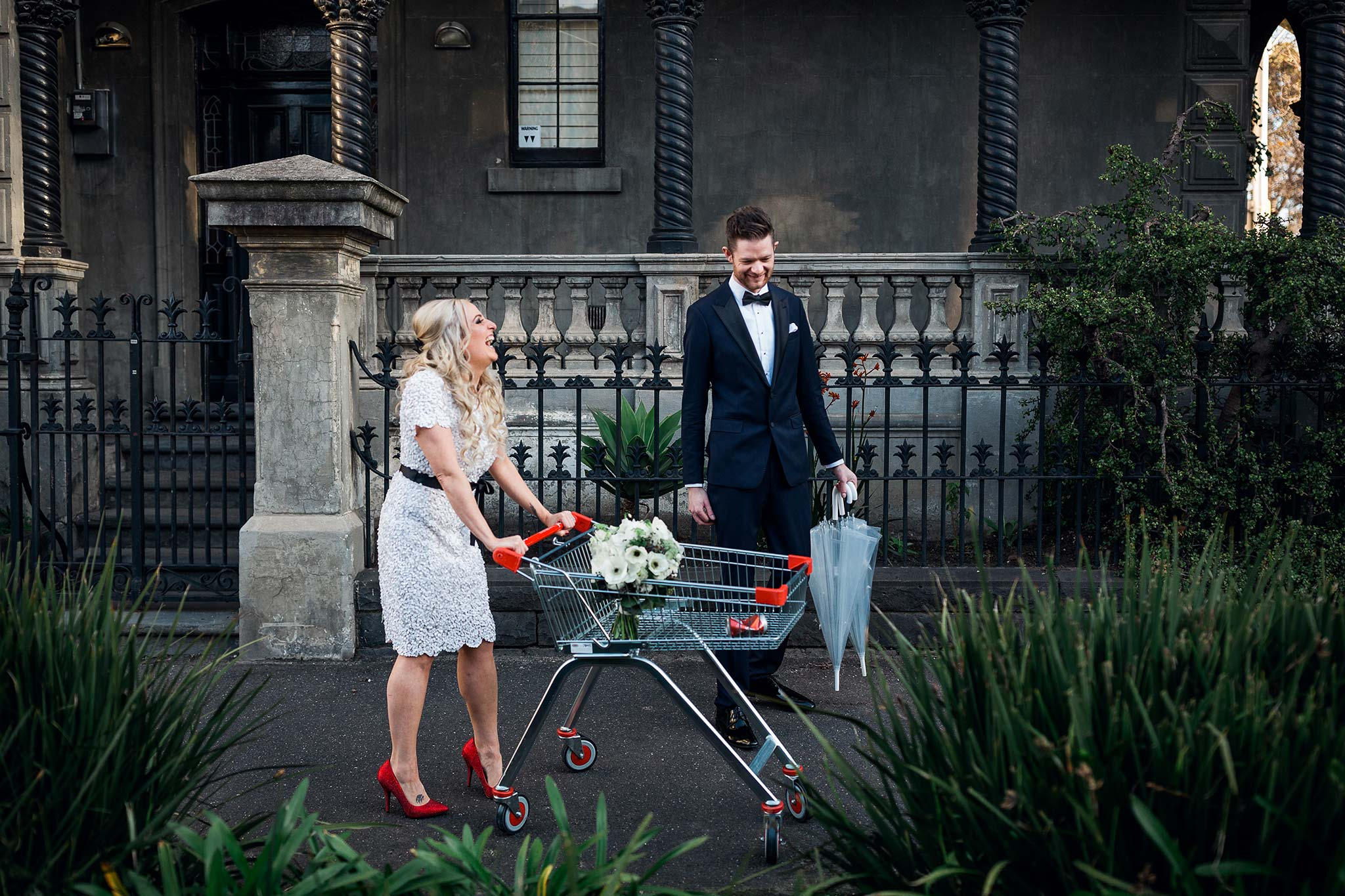 melbourne-fitzroy-st-andrews-conservatory-pumphouse-wedding-shopping-cart