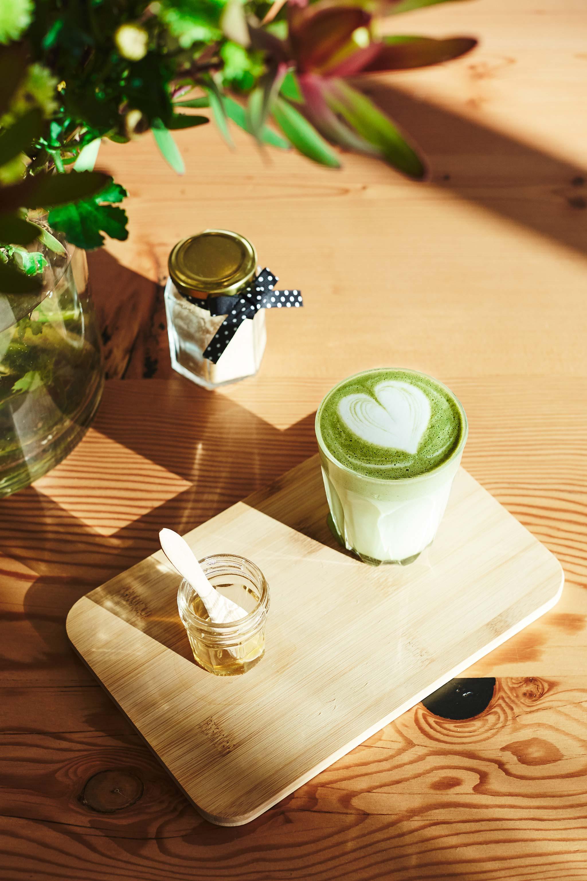 templestowe-lifestyle-photographer-salted-caramel-macha-latte