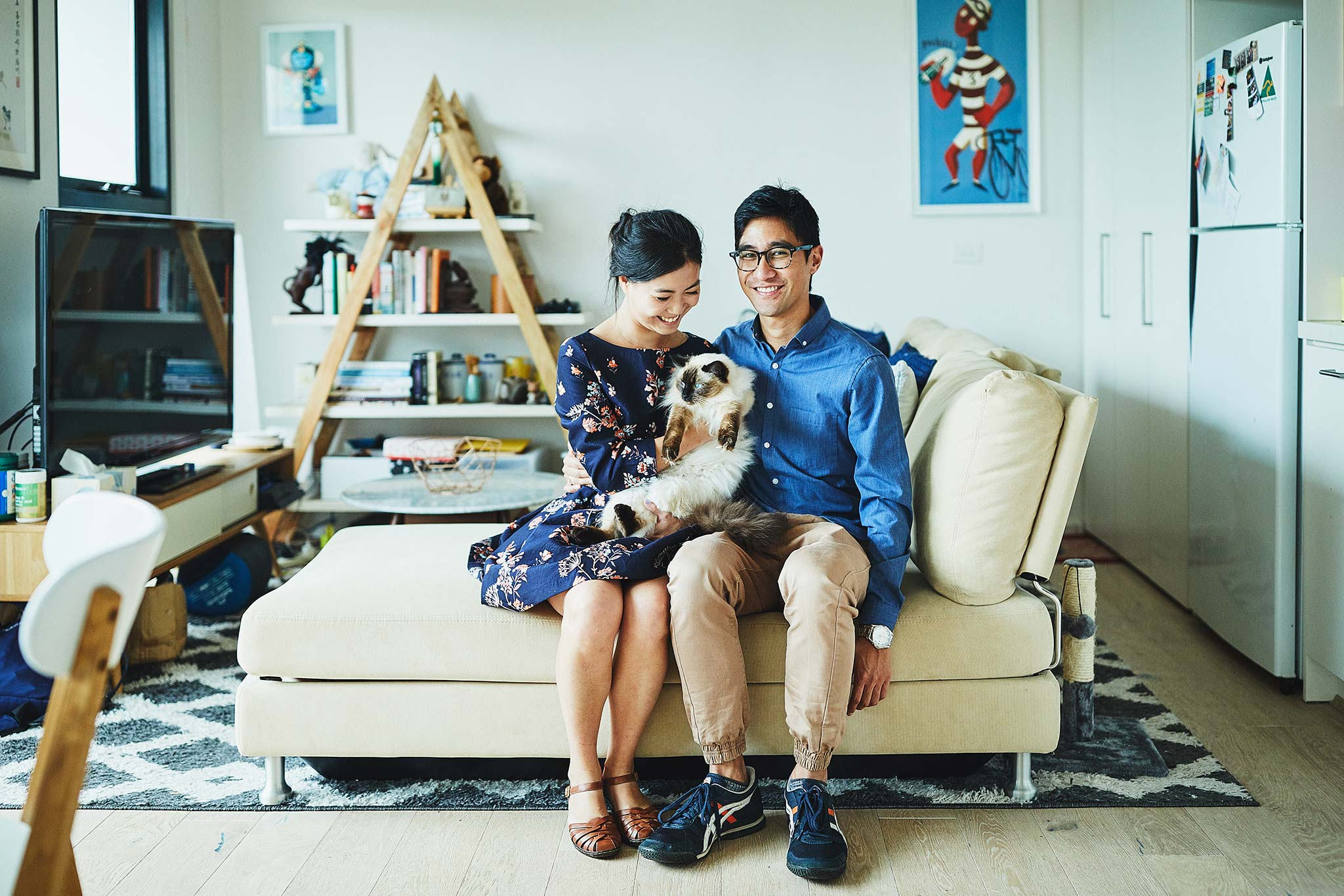 windsor-engagement-lifestyle-photographer-melbourne-home-cat