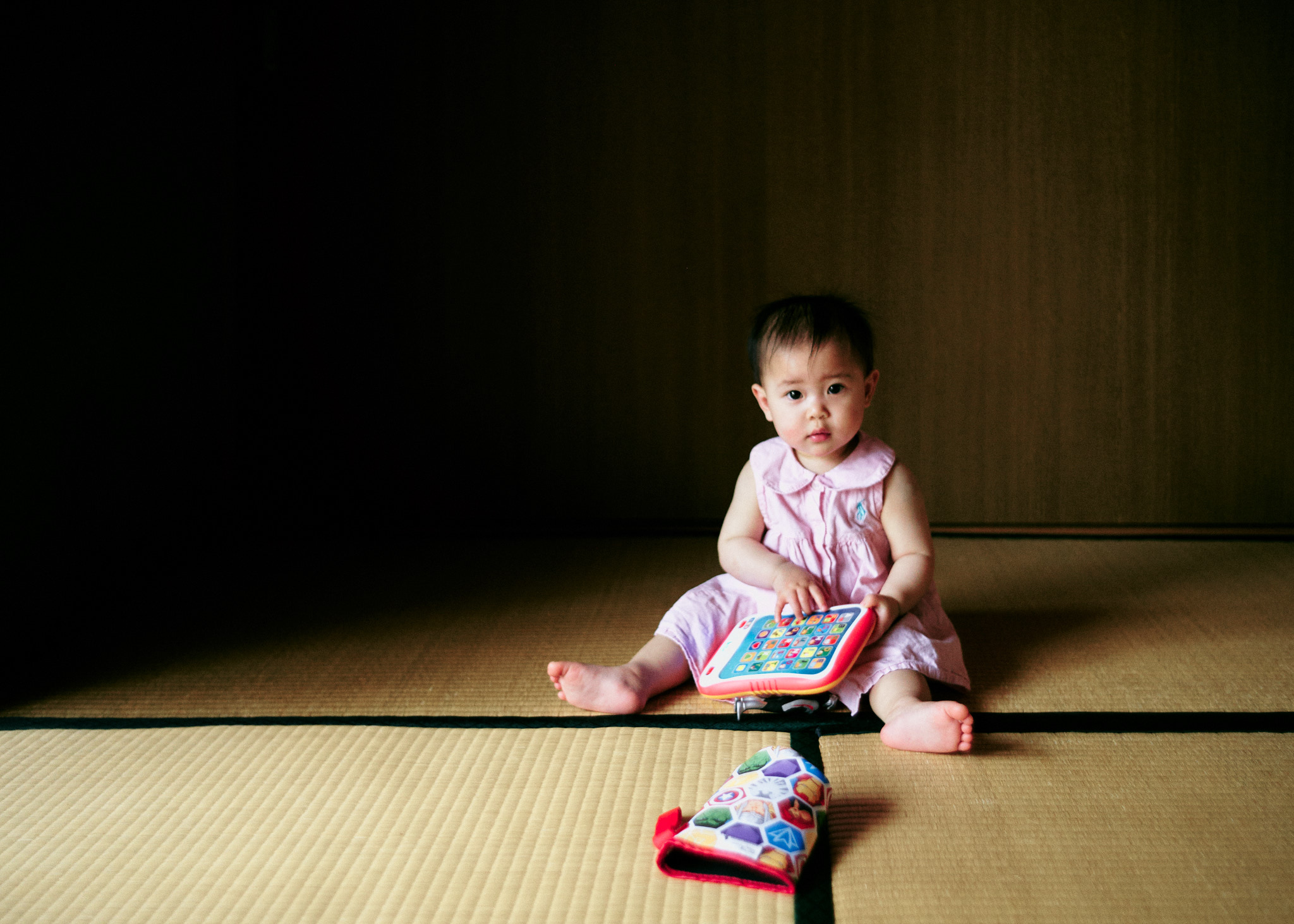 japanese-baby-girl-tatami