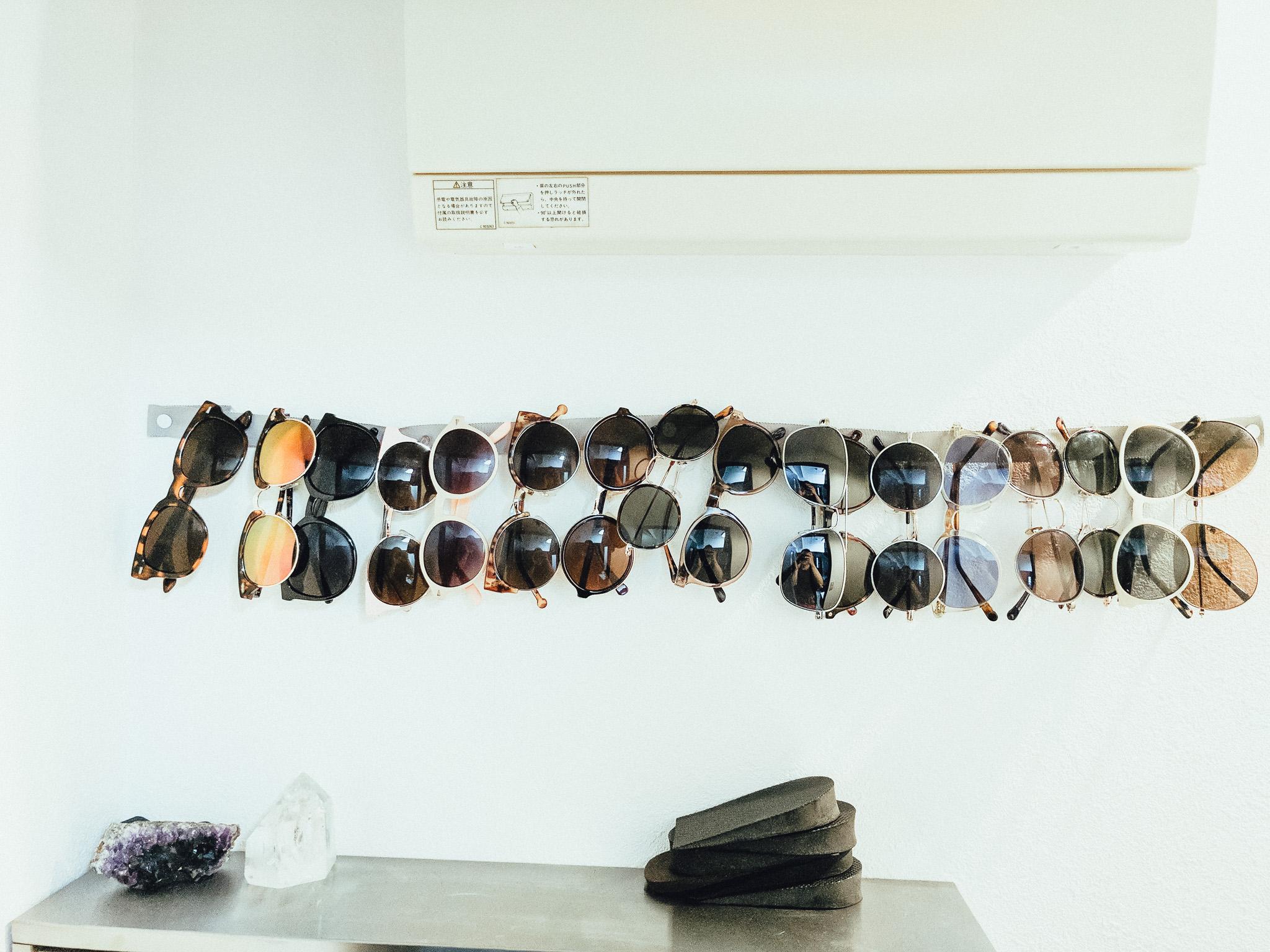 tokyo-travel-photographer-shades-sunglasses