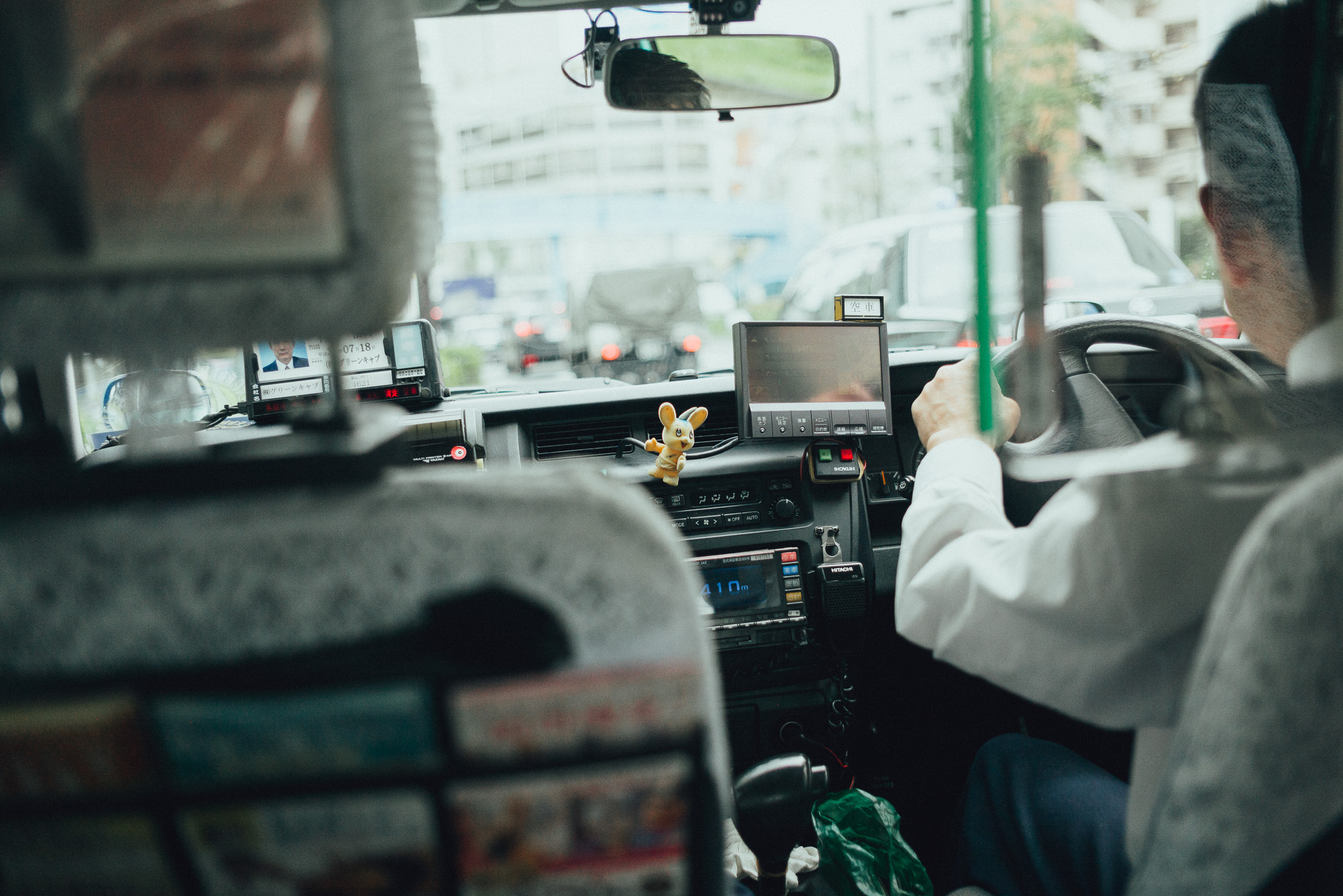 tokyo-travel-photographer-taxi-toy