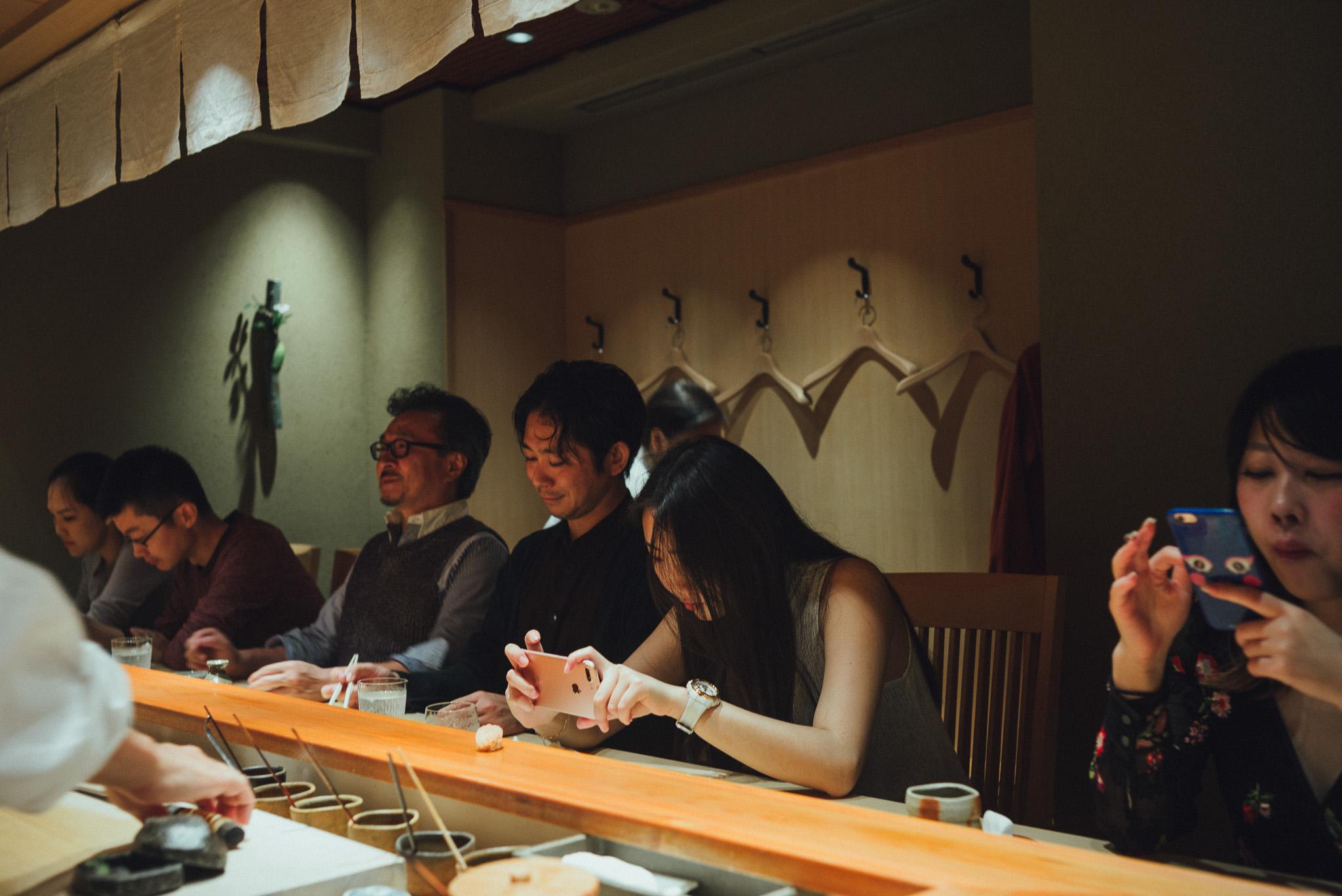 tokyo-travel-photographer-shin-sushi-counter