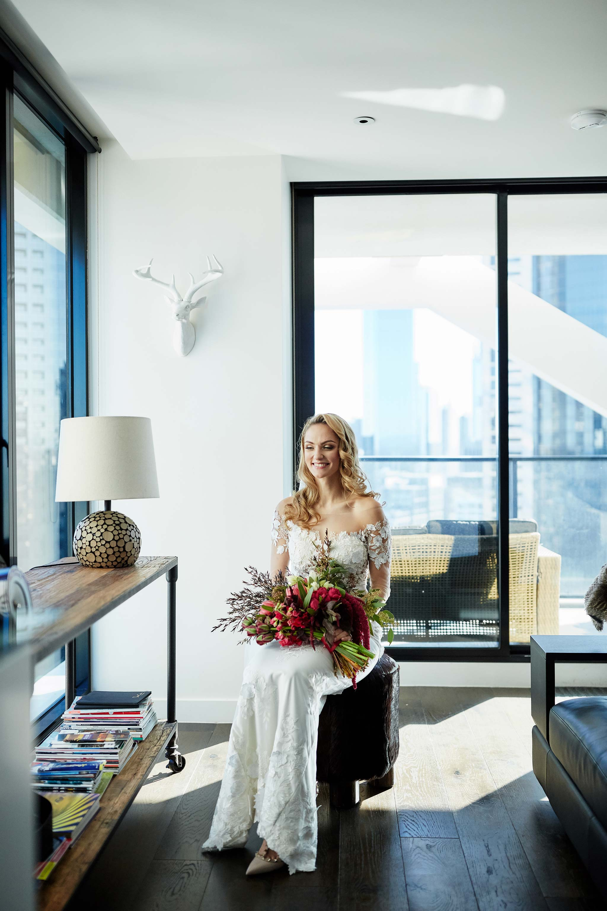 Melbourne-Wedding-Photographer-service-apartment-getting-ready-bride