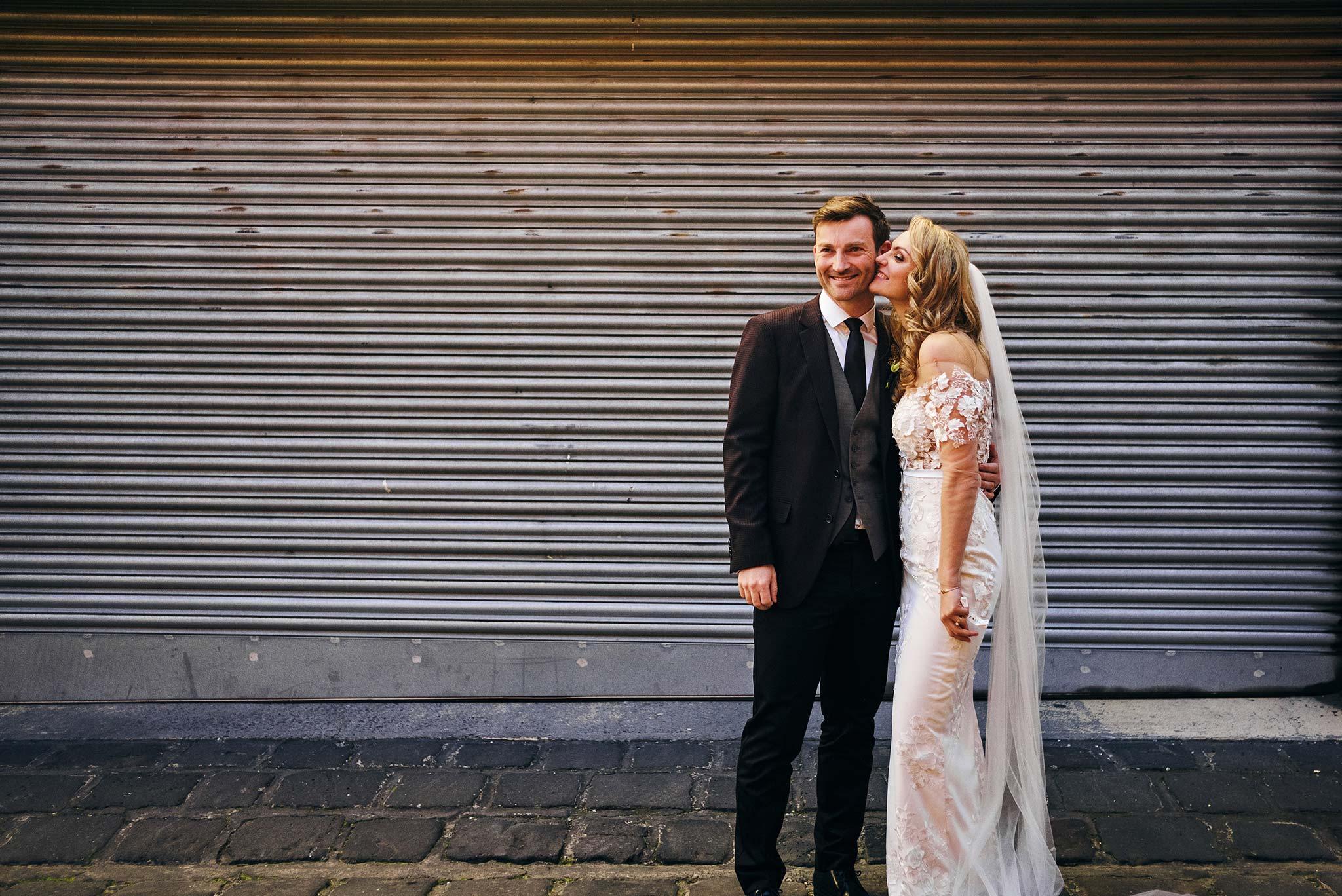 Melbourne-Wedding-Photographer-smartartz-gallery-ceremony-bride-groom