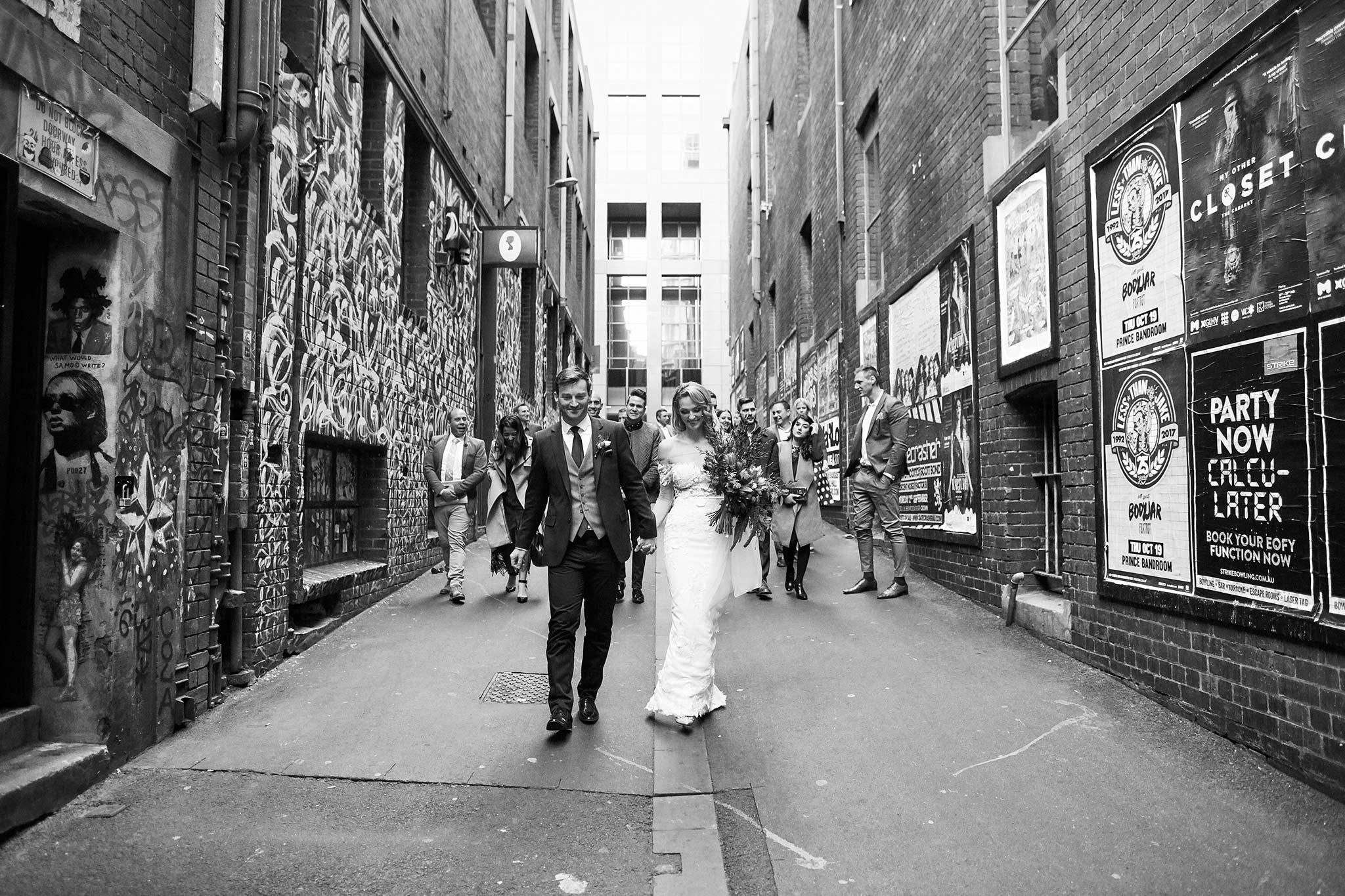 Melbourne-tour-bus-wedding-photographer-duckboard-place