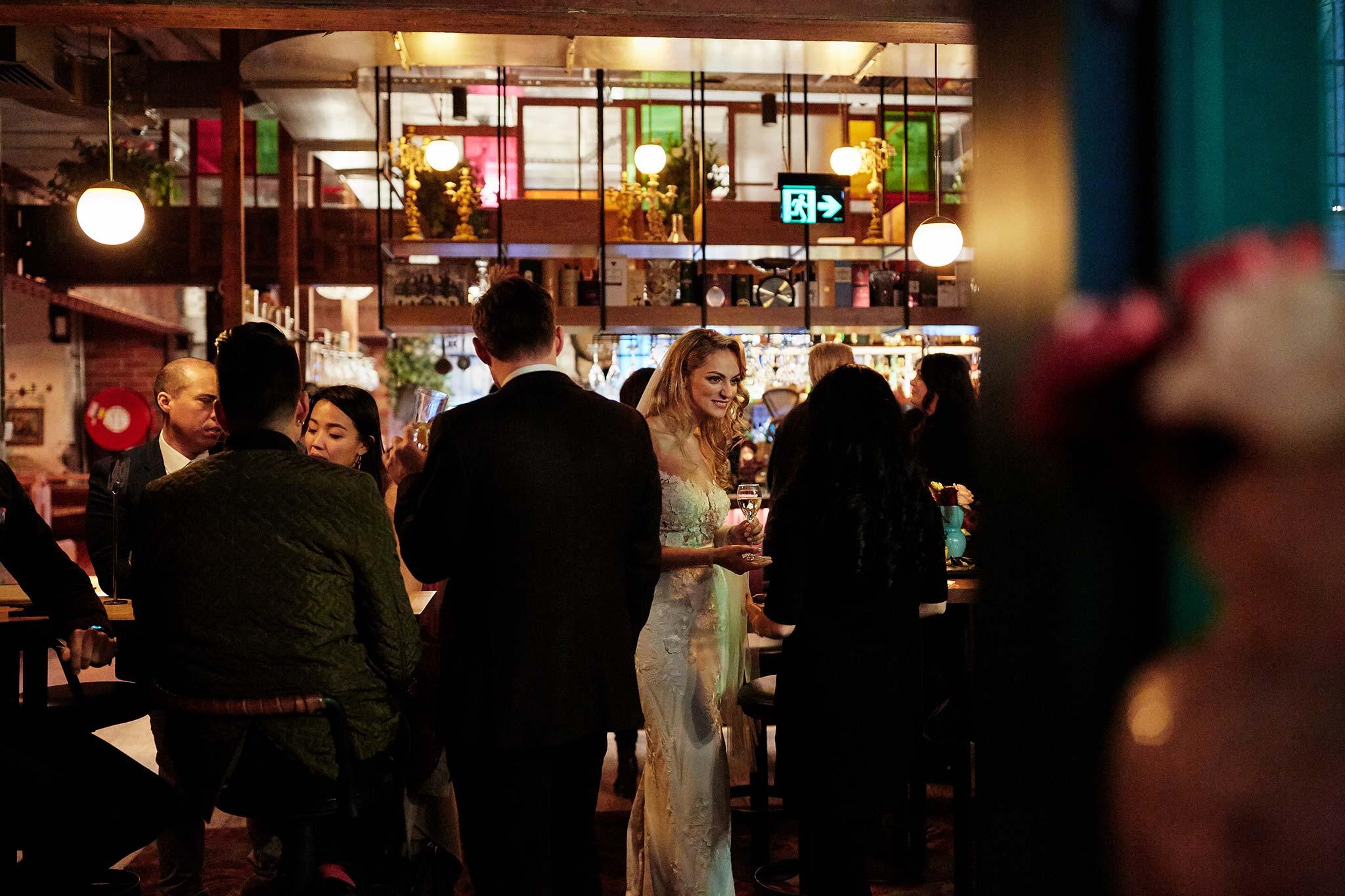 Melbourne-tour-bus-wedding-photographer-garden-state-hotel-lunch