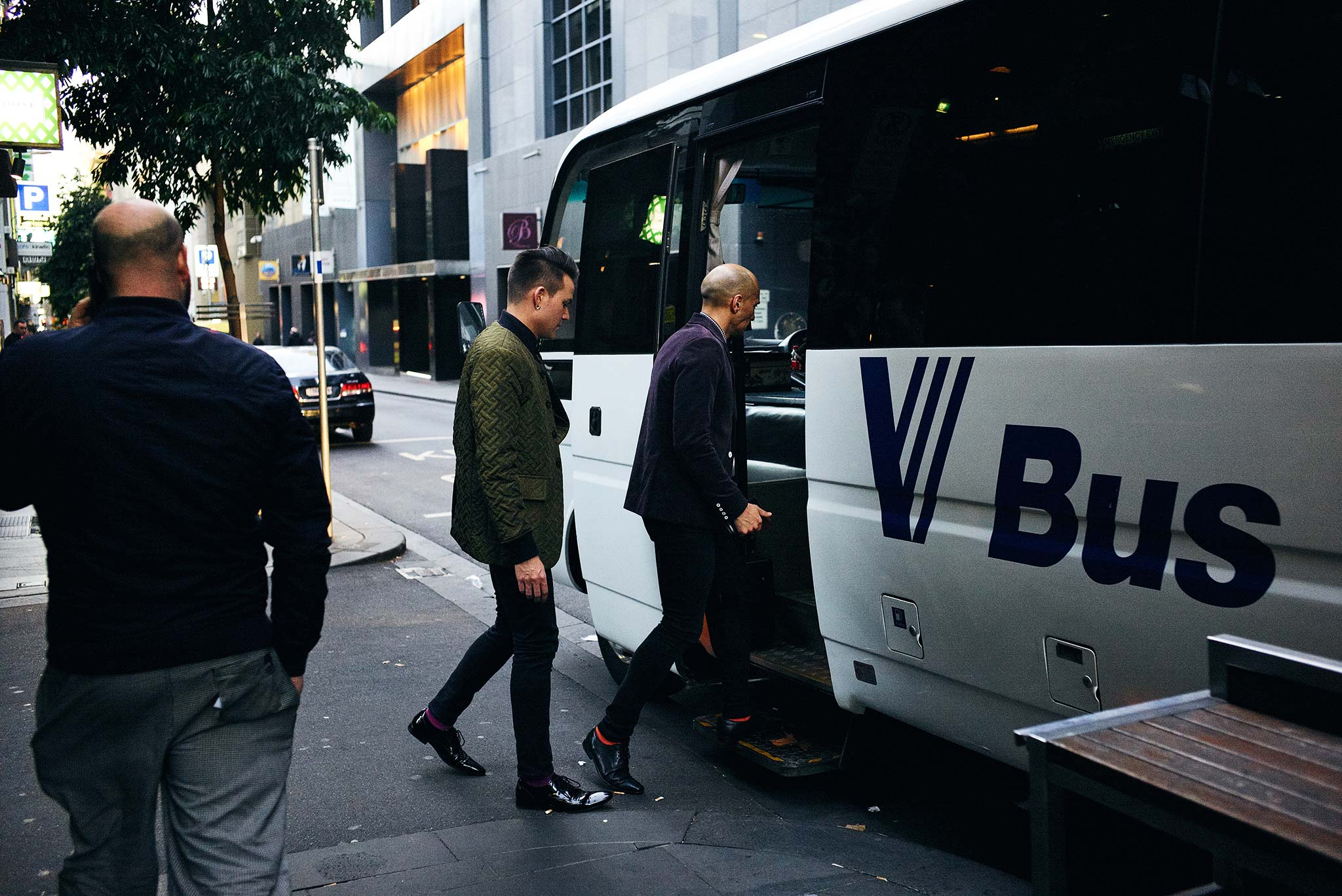 Melbourne-tour-bus-wedding-bride