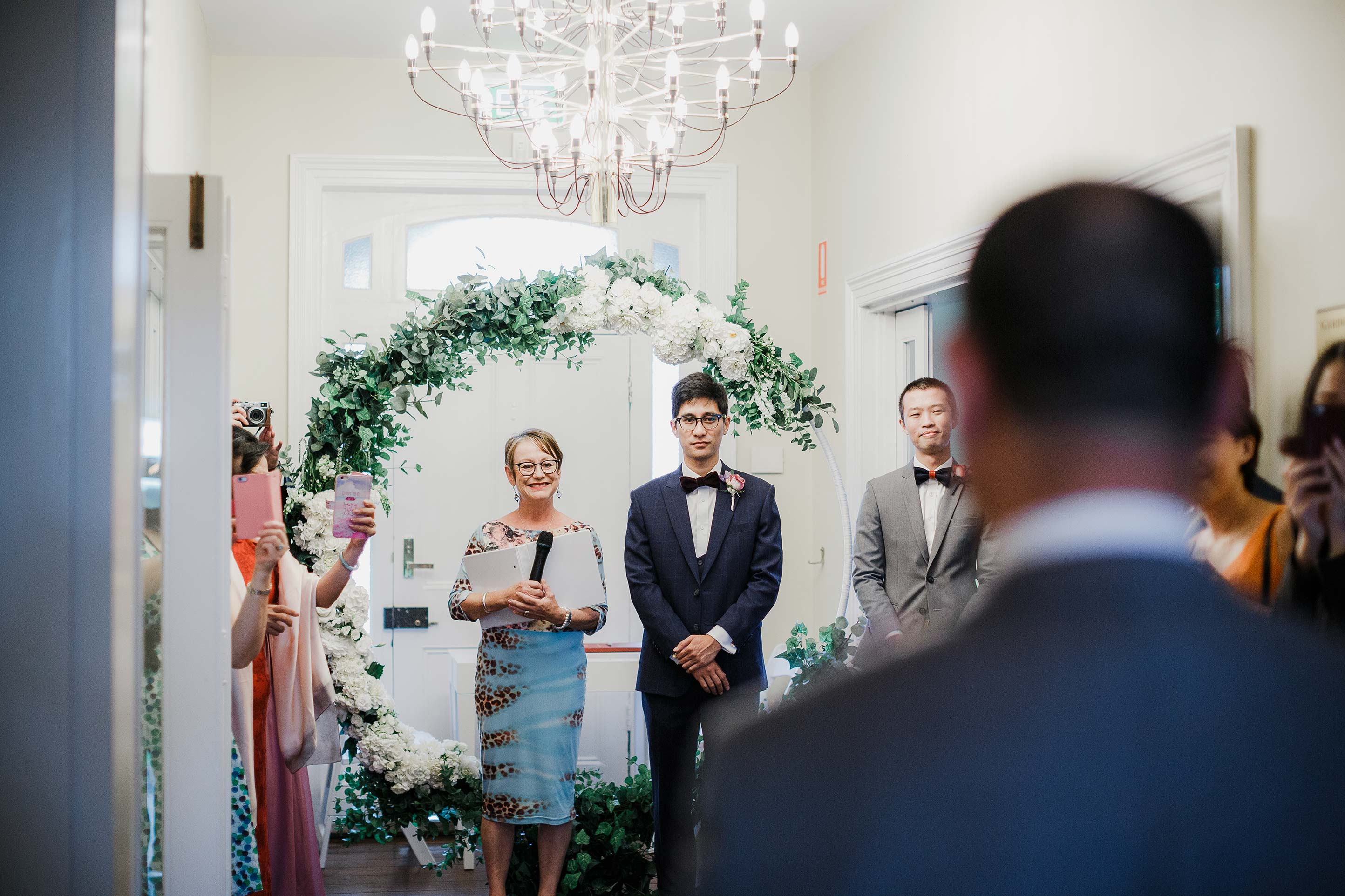 Melbourne-Botanical-Gardens-House-Ceremony-Wedding-Arrival-groom