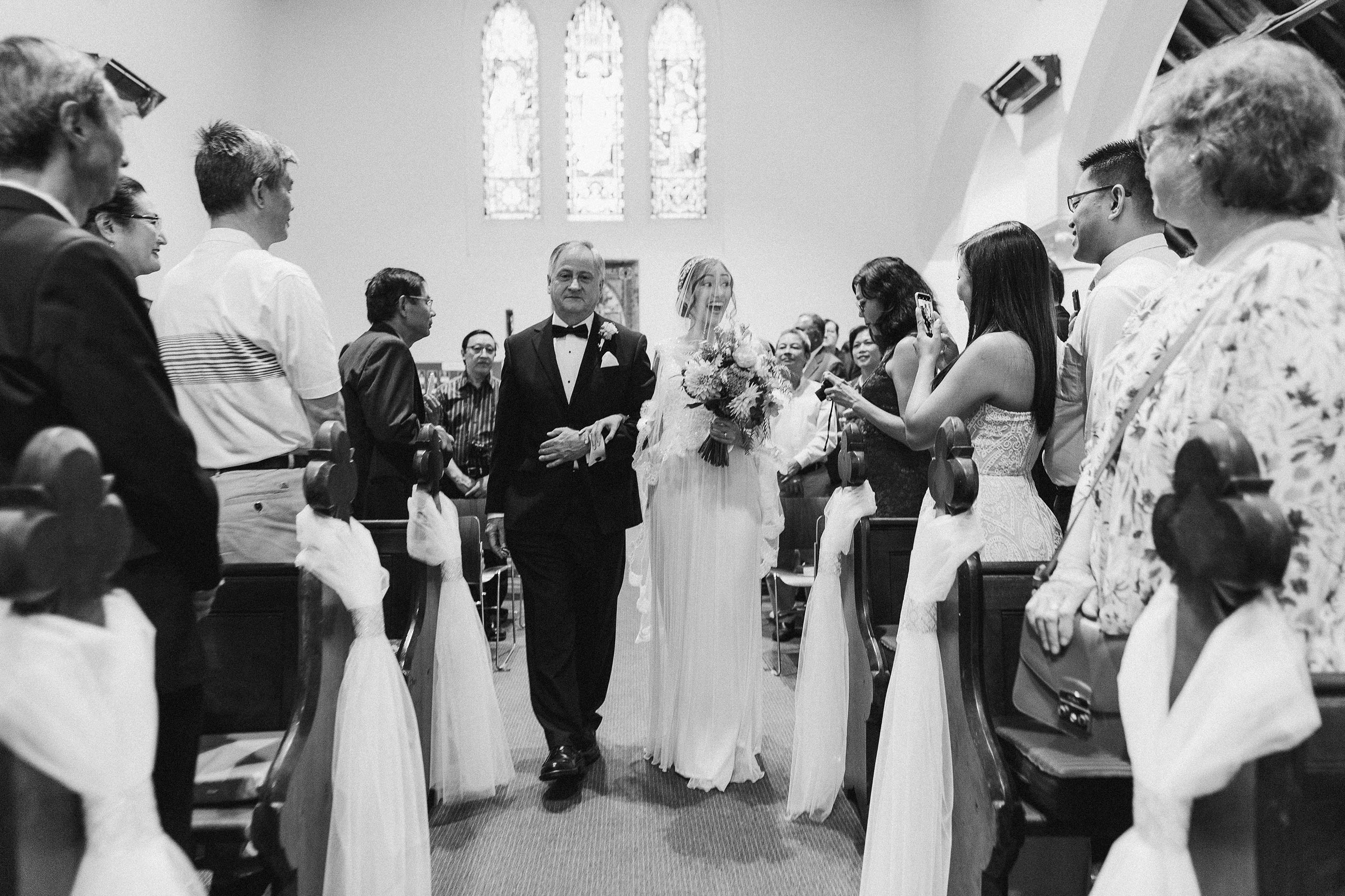 Melbourne-caufield-north-wedding-church-ceremony-bride-arrival