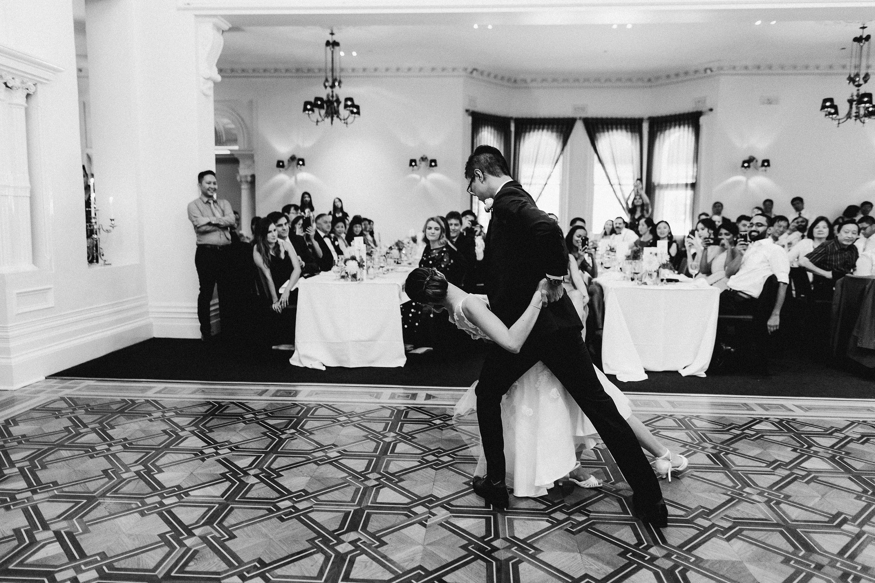 Melbourne-ripponlea-wedding-photographer-quat-quatta-lunch-reception-first-dance-finale