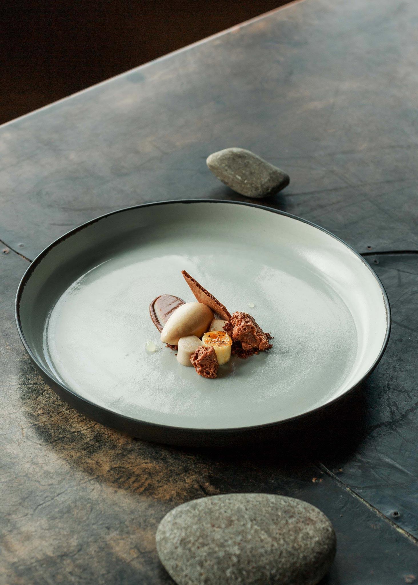 Melbourne-Food-Photographer-Vue-De-Monde-dessert-plating