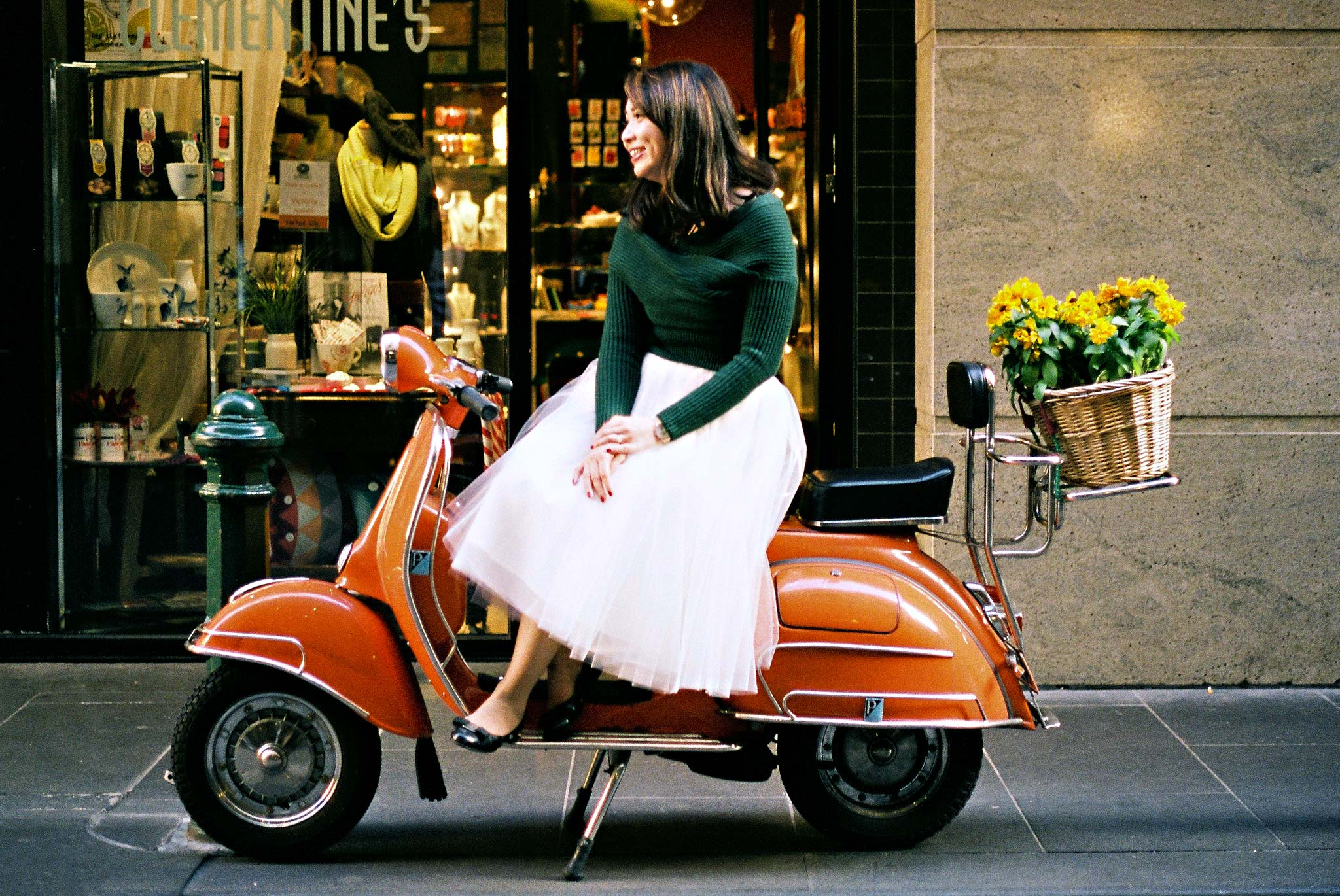 Melbourne-Portrait-Photographer-Degraves-Vespa