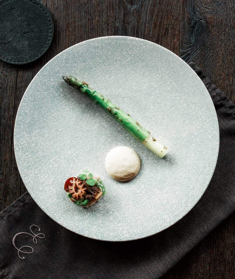 A fine art plating asparagus dish taken at Estelle by Scott Pickett