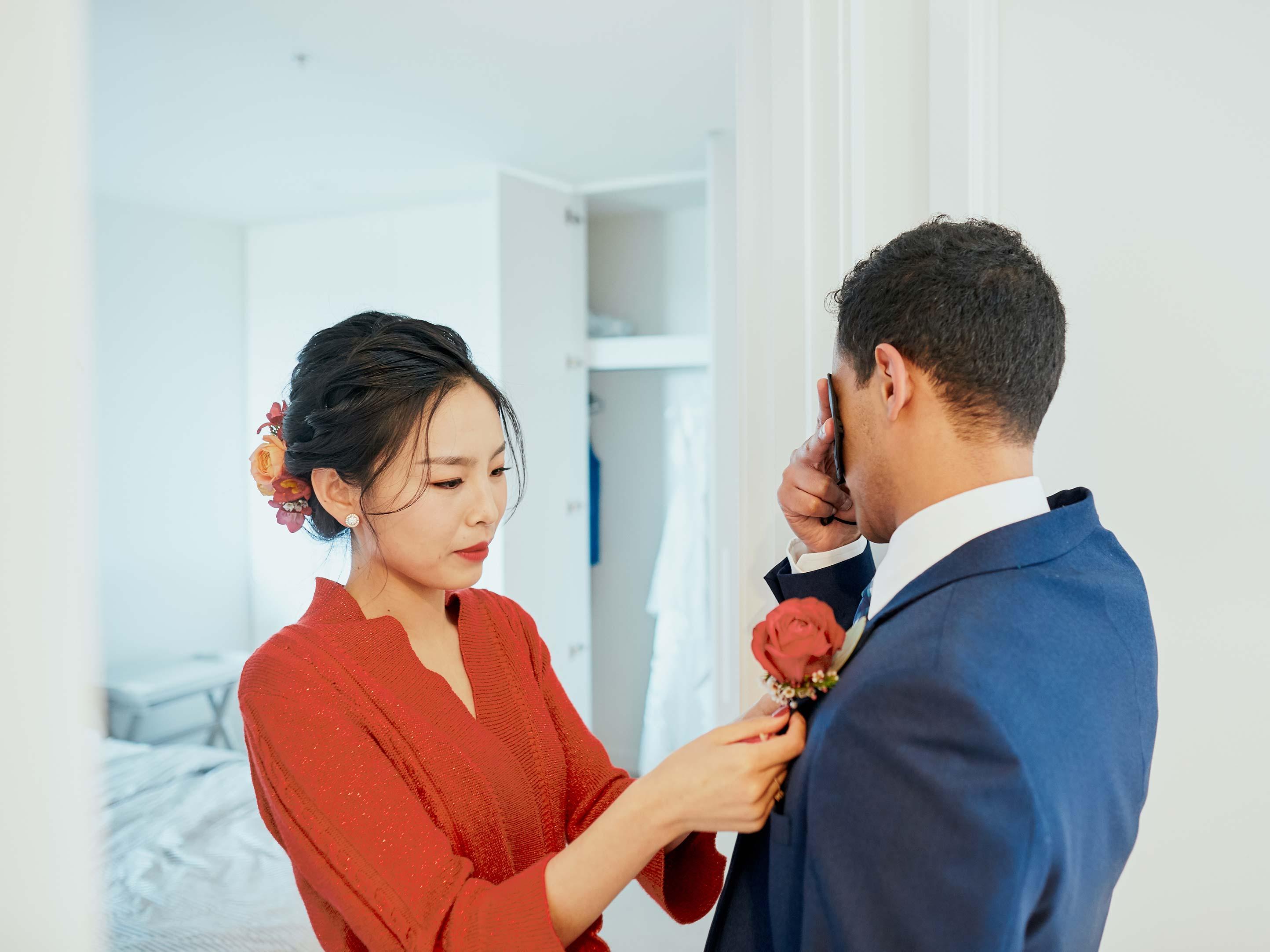 Melbourne-Wedding-Photographer-Kettle-Black-getting-ready