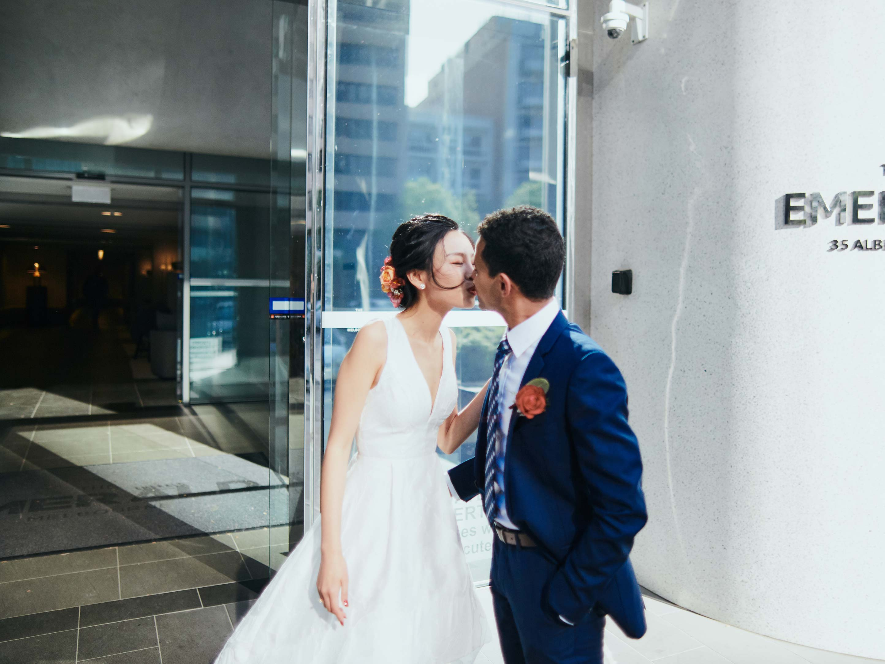 Melbourne-Wedding-Photographer-Kettle-Black-first-look