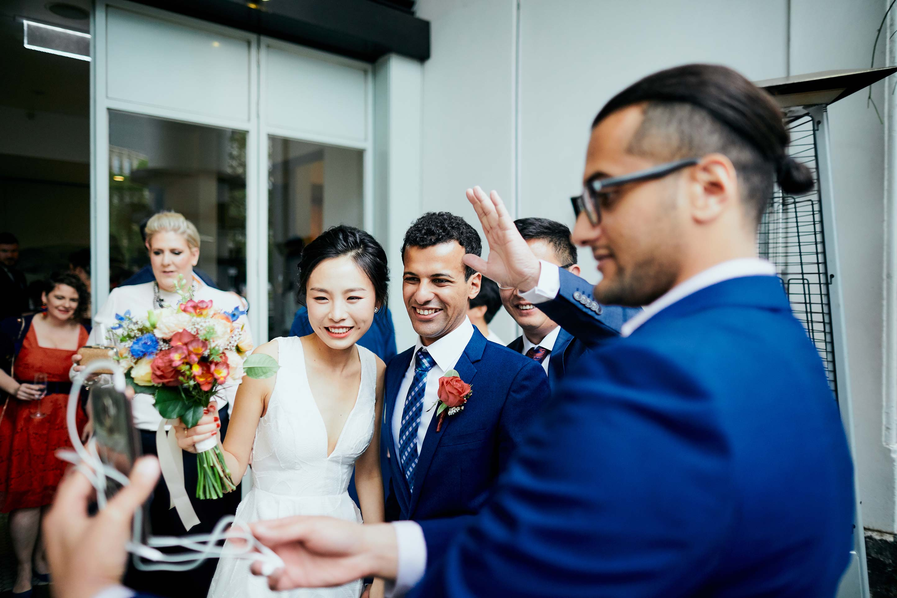 Melbourne-Wedding-Photographer-Kettle-Black-ceremony-phone