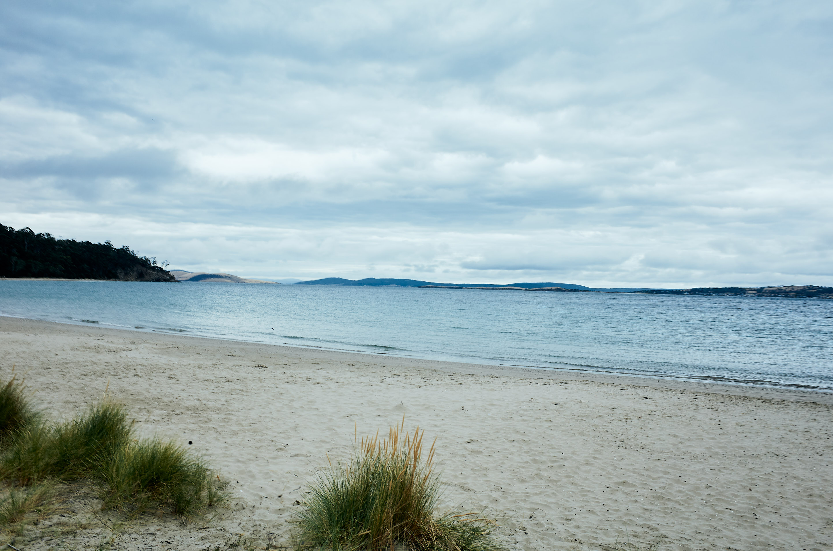 Melbourne-destination-wedding-photographer-Tasmania