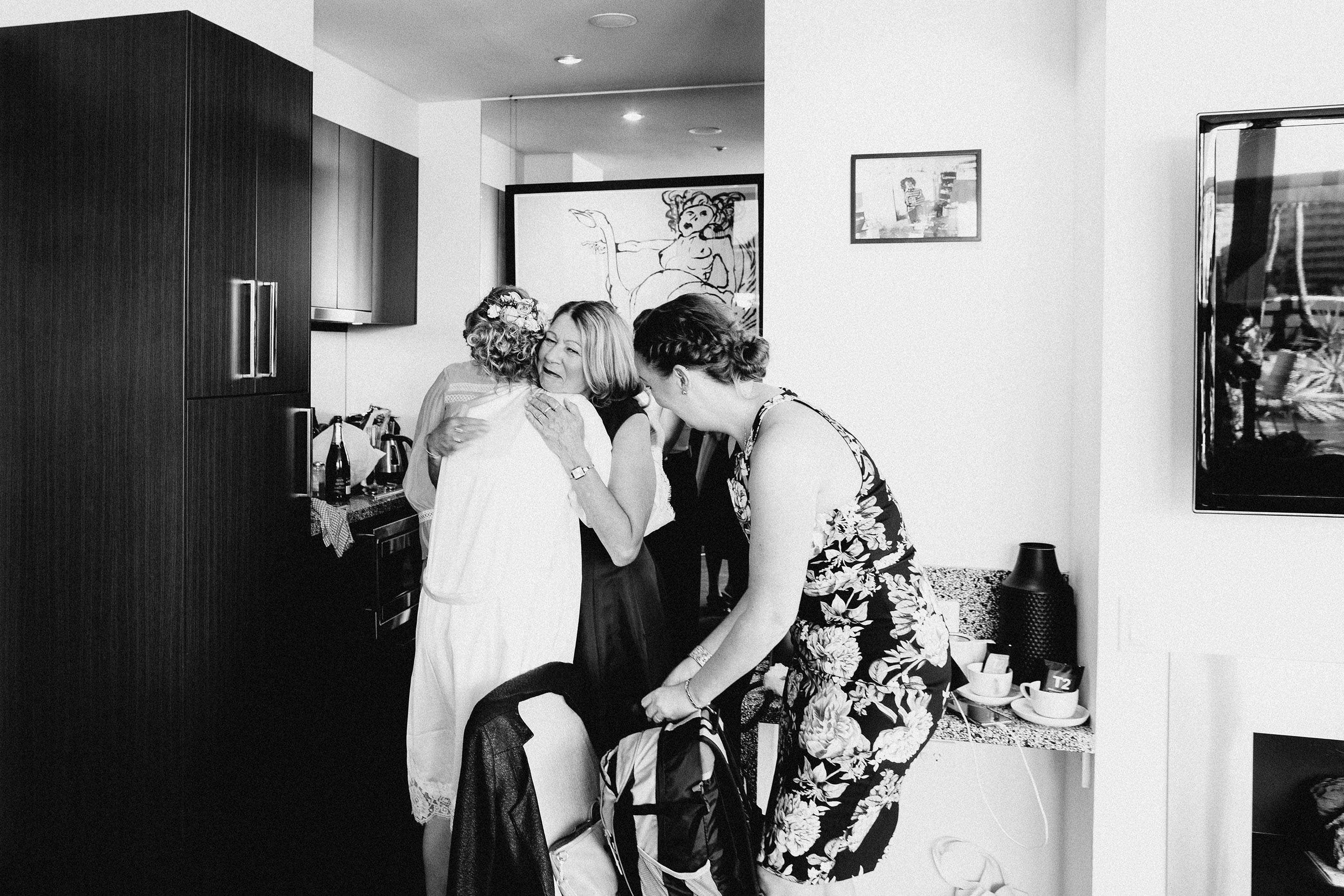 Melbourne-Richmond-Top-Paddock-Wedding-Photographer-brida-party-getting-ready