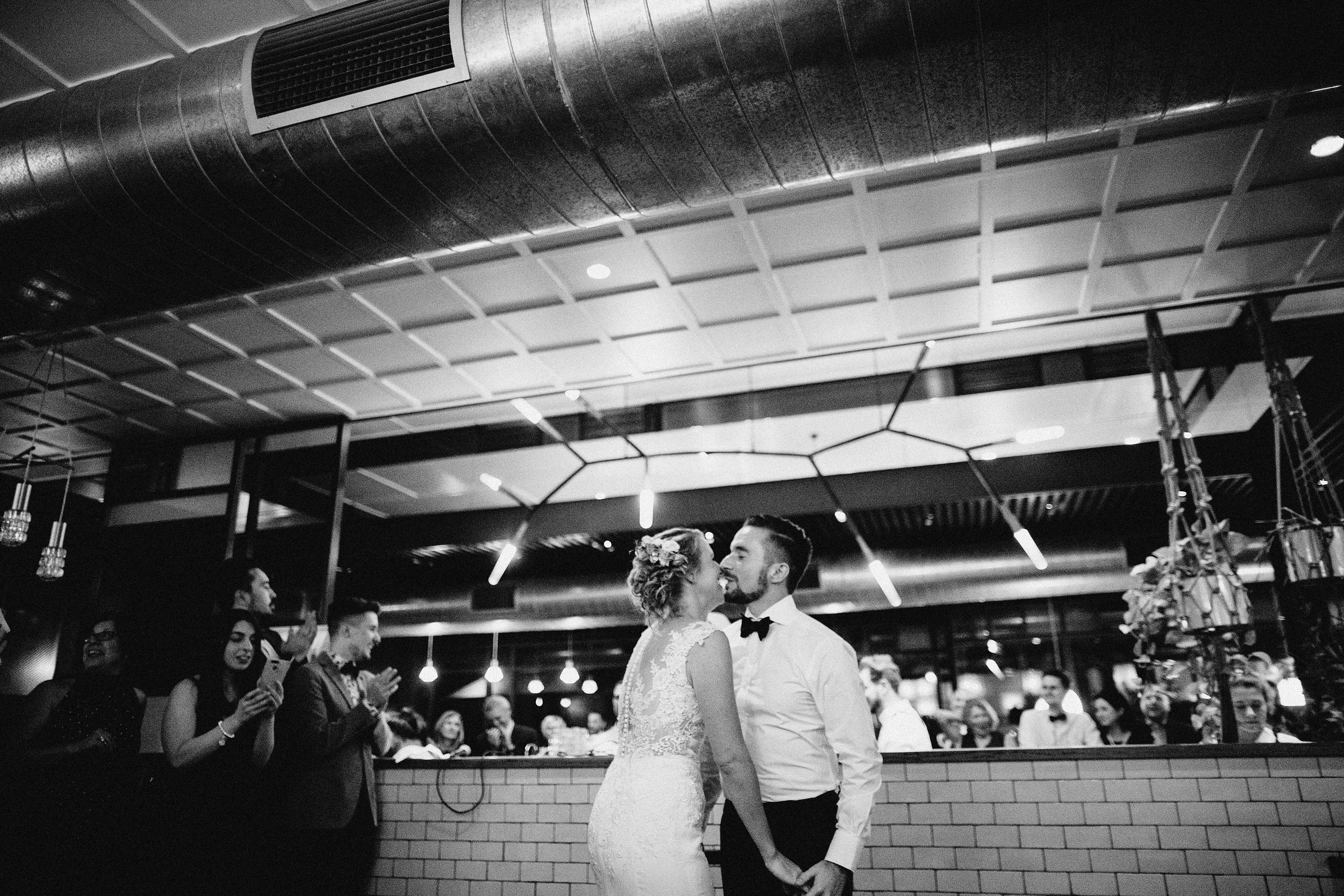 Melbourne-Top-Paddock-Wedding-first-dance