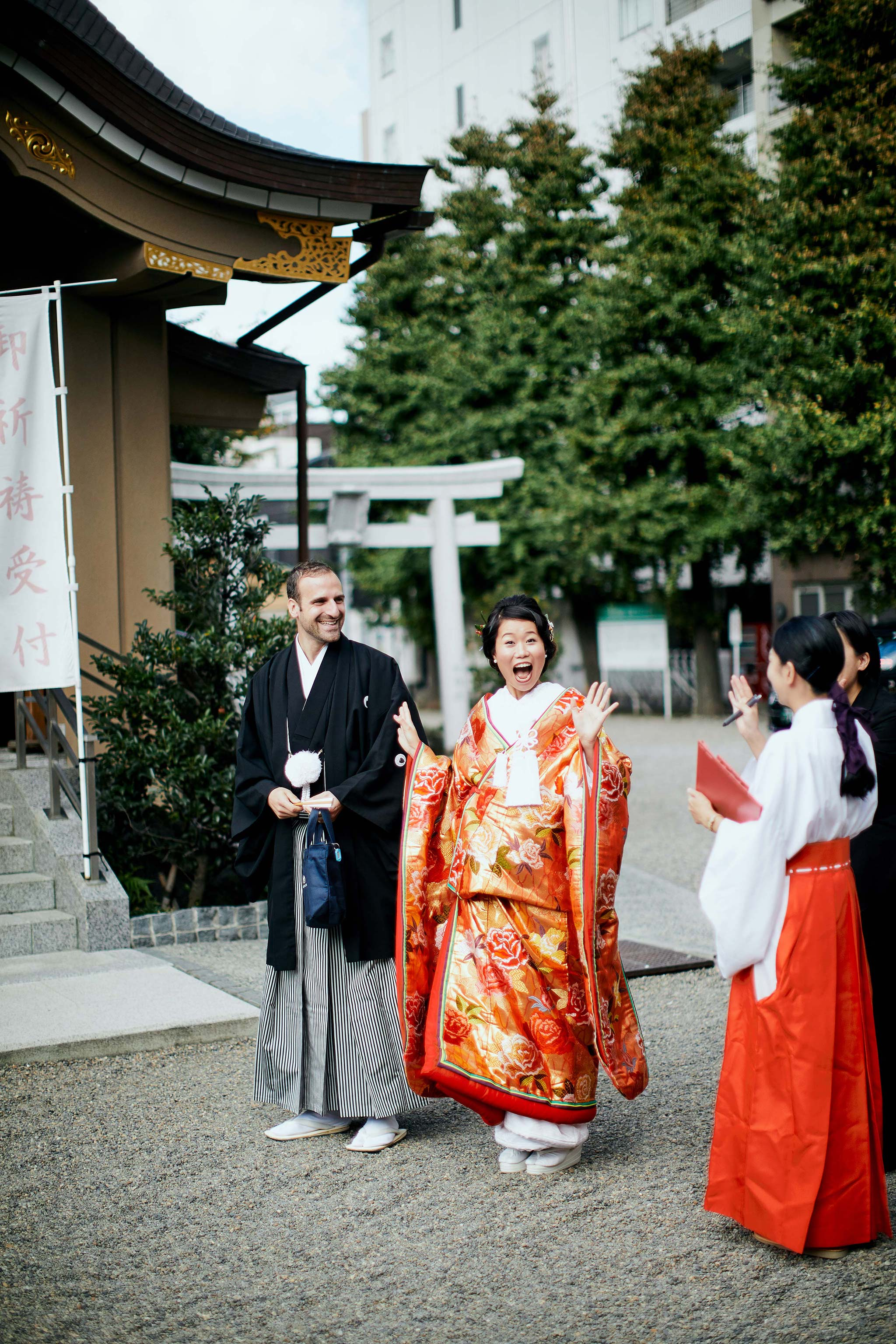 tokyo asakusa shrine traditional wedding bride groom in traditional dress