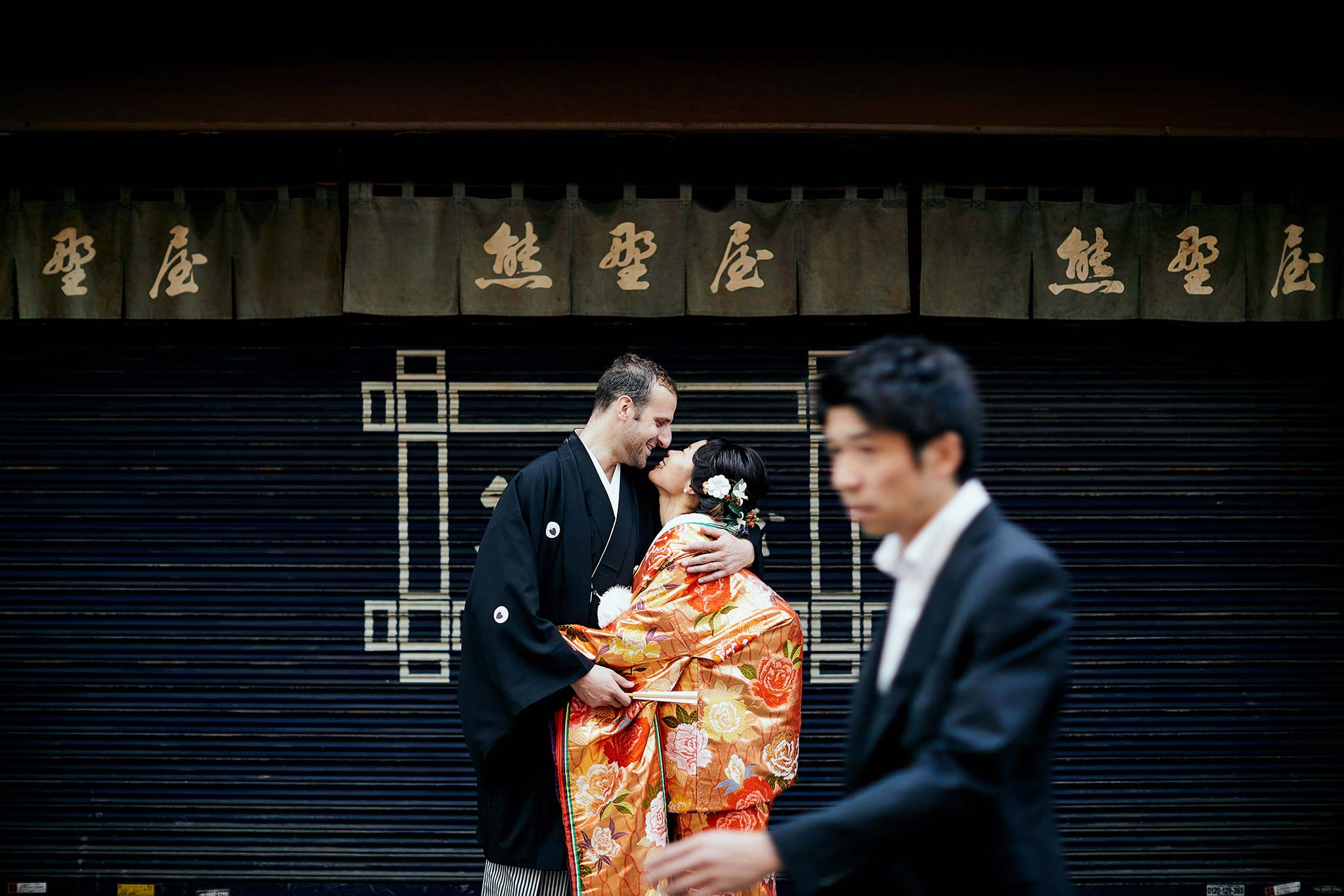tokyo asakusa shrine traditional wedding kissing shopfront salaryman