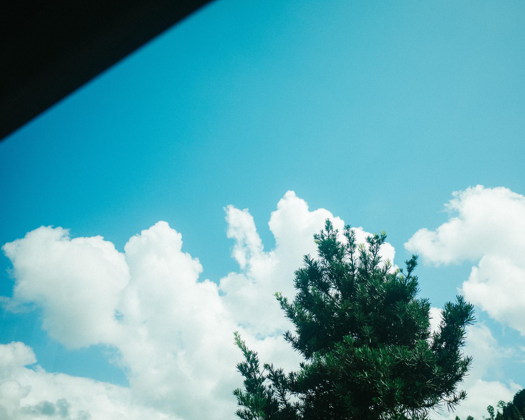 fukuoka travel documentary photographer sky blue