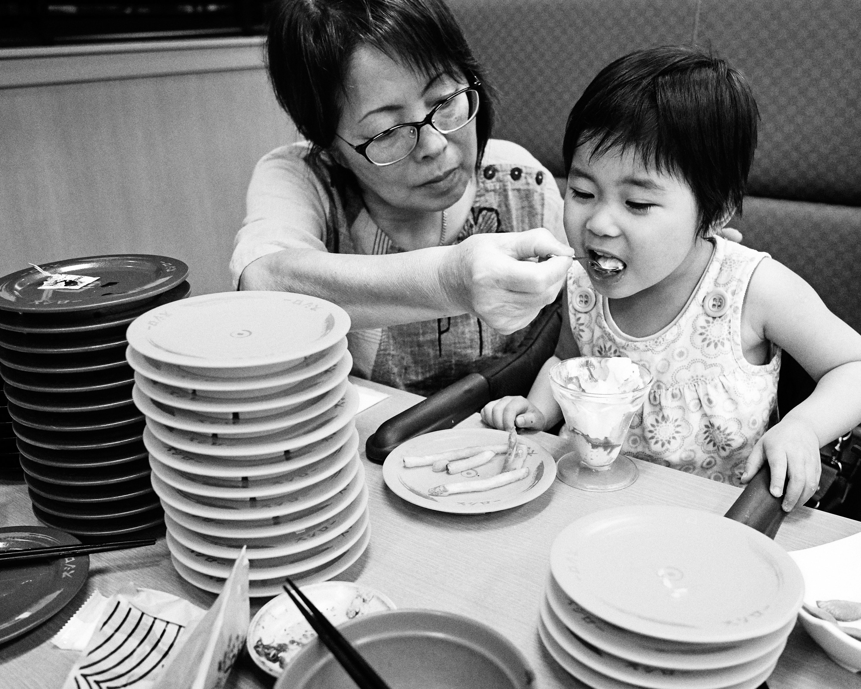 dinner at sushiro plates
