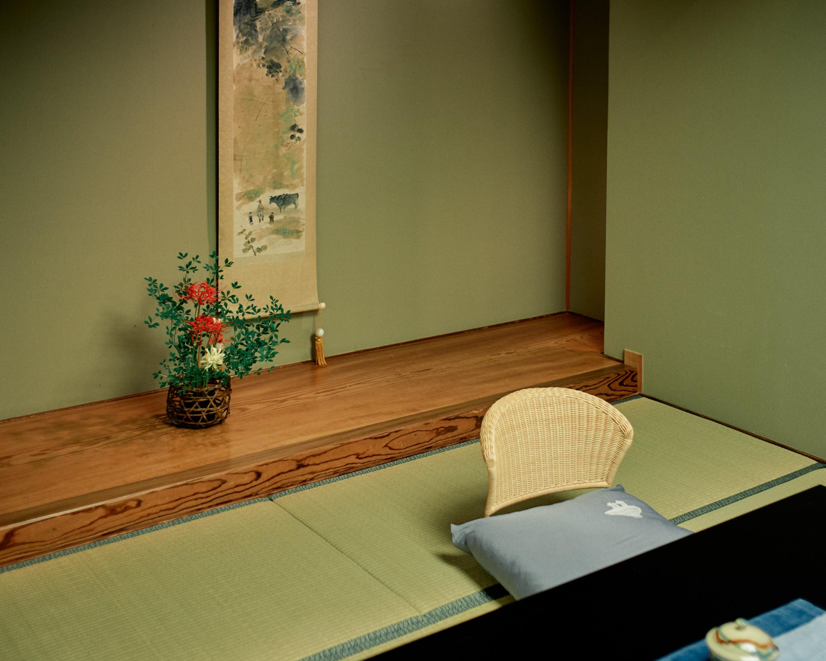 japan travel photographer kagoshima ryokan design