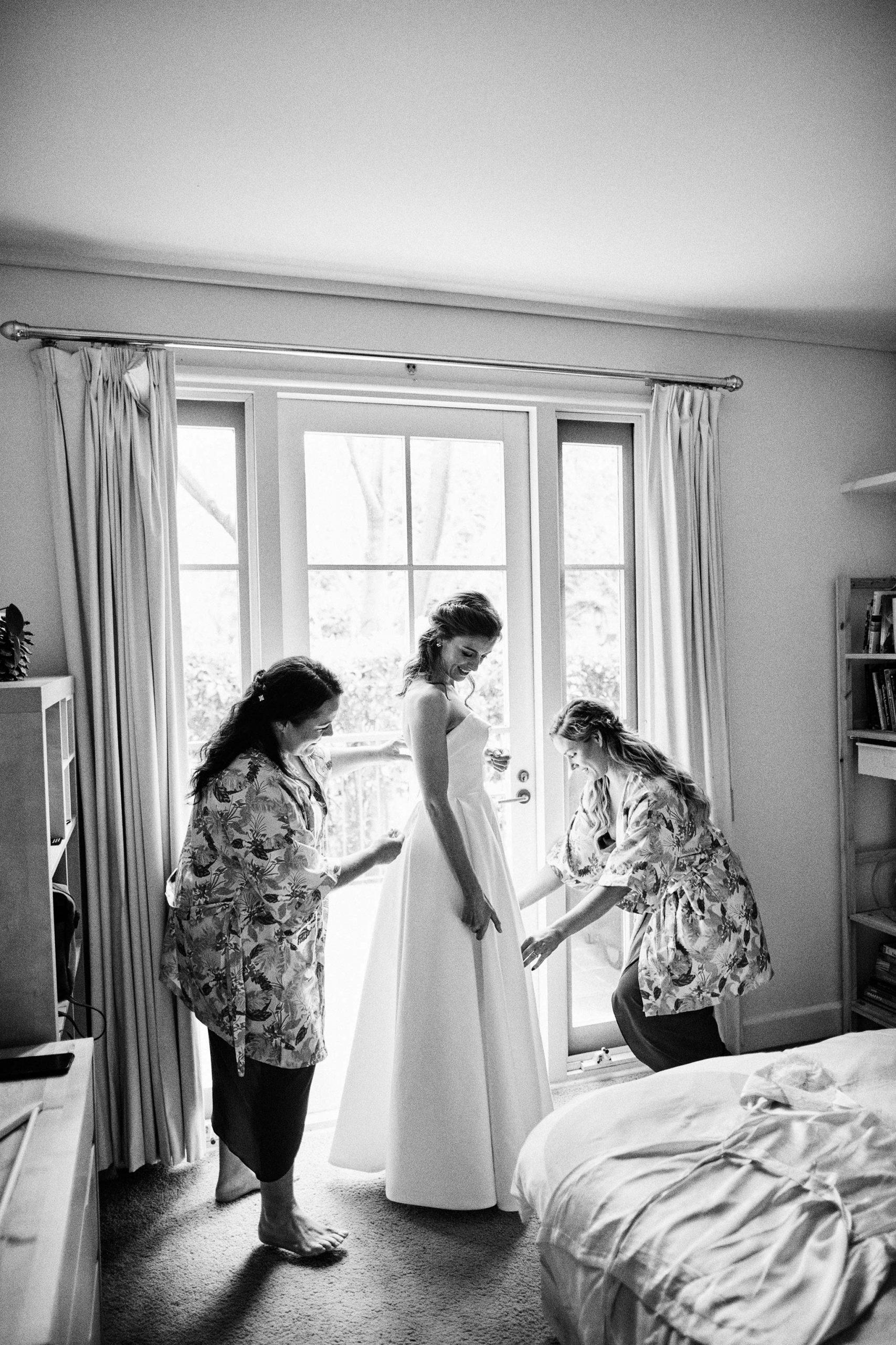 East Melbourne Wedding bride getting ready dress