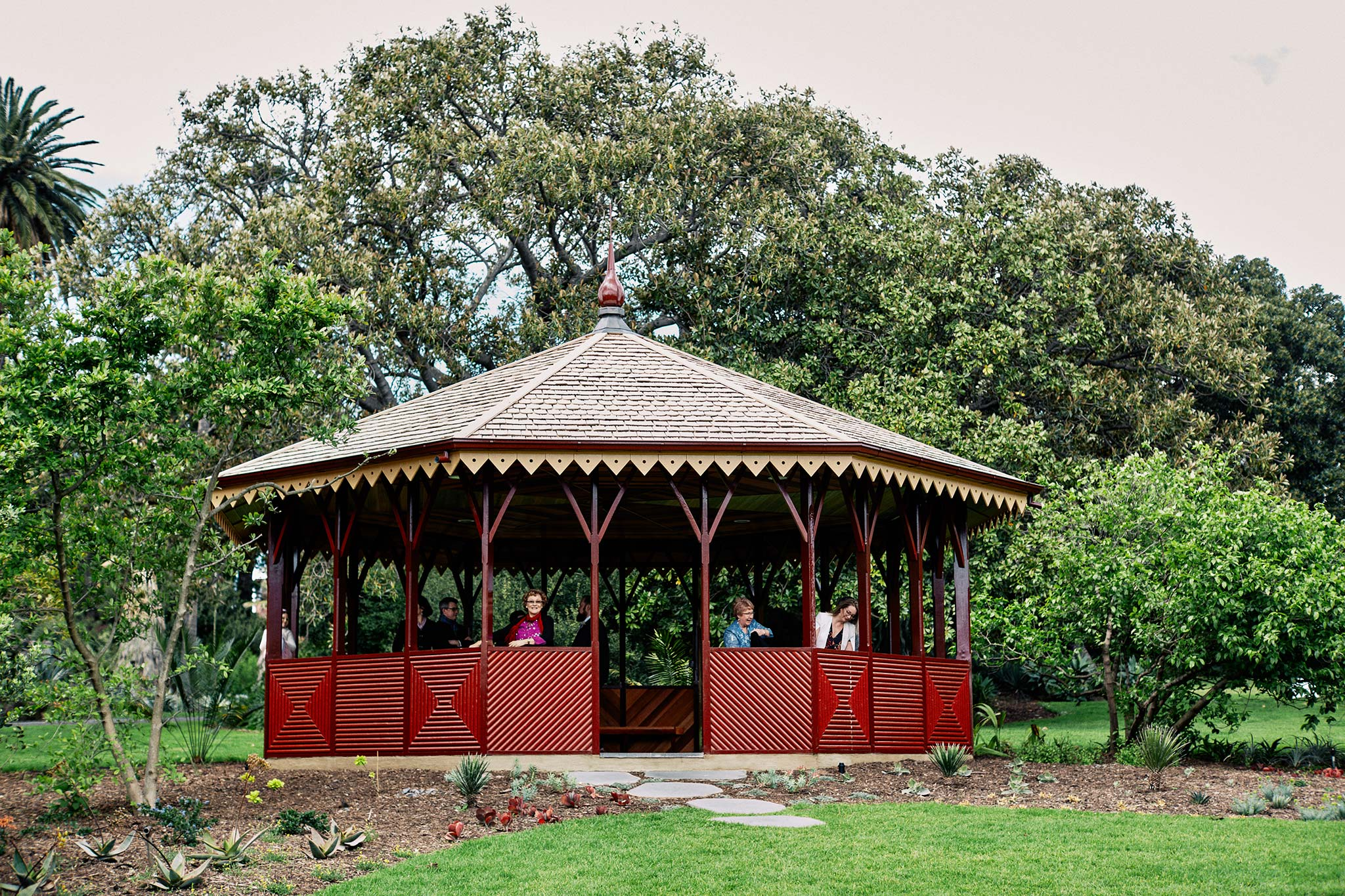 Melbourne Royal Botanical Garden Wedding Ceremony Booth