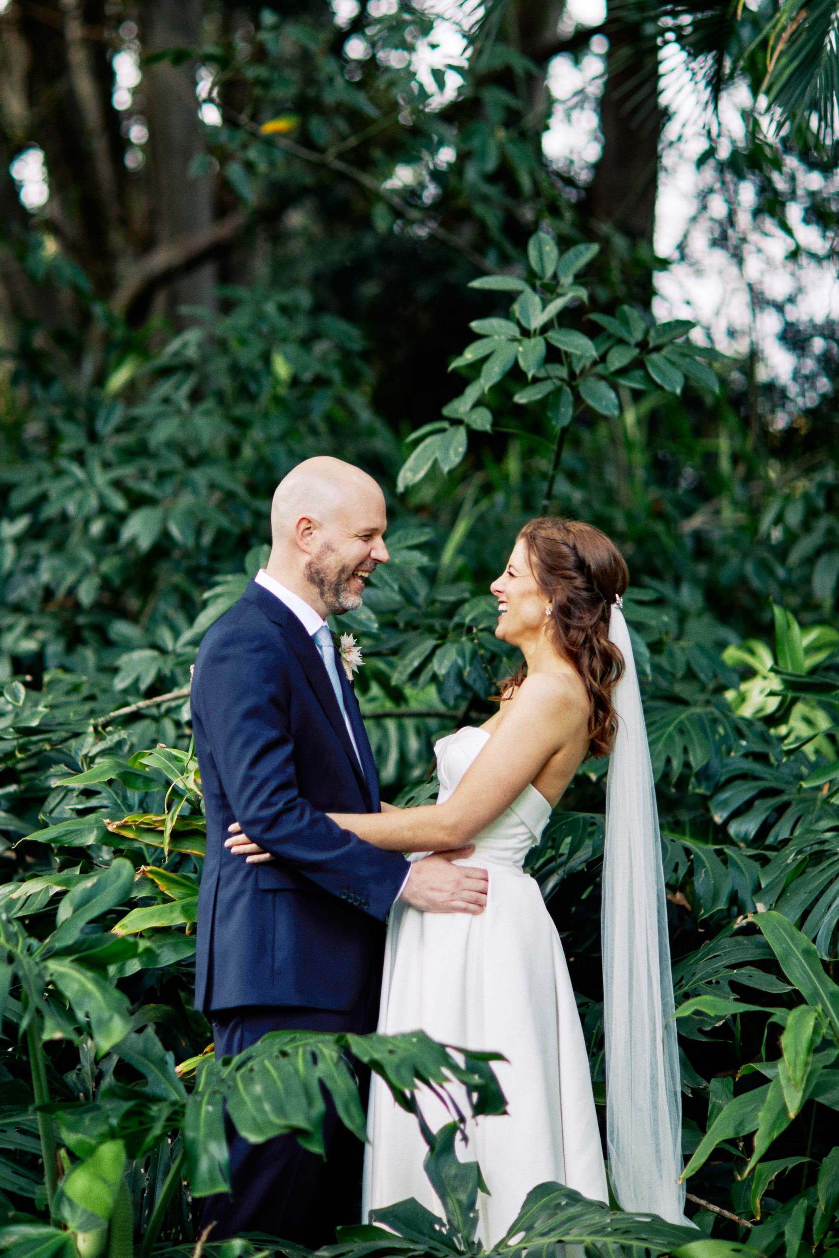 Melbourne Royal Botanical Garden Wedding bride groom tree