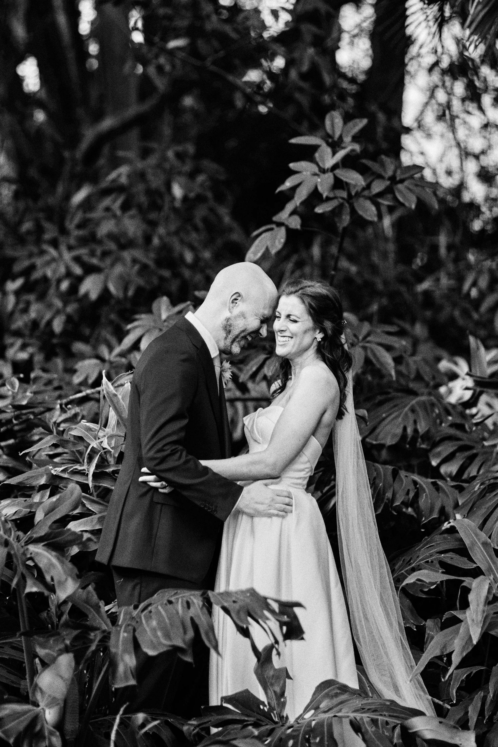 Melbourne Royal Botanical Garden Wedding bride groom moment
