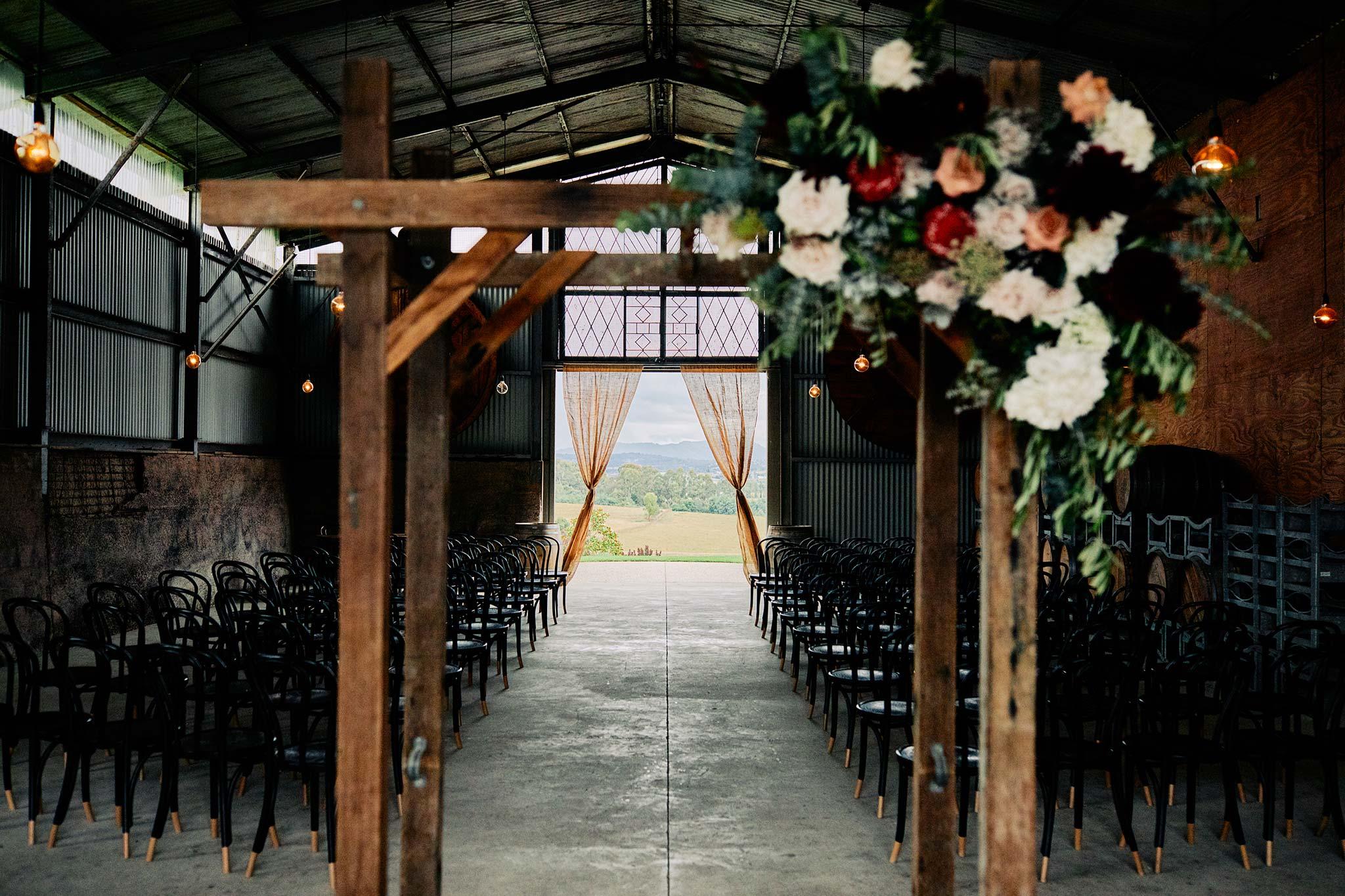 Zonzo estate wedding ceremony decoration