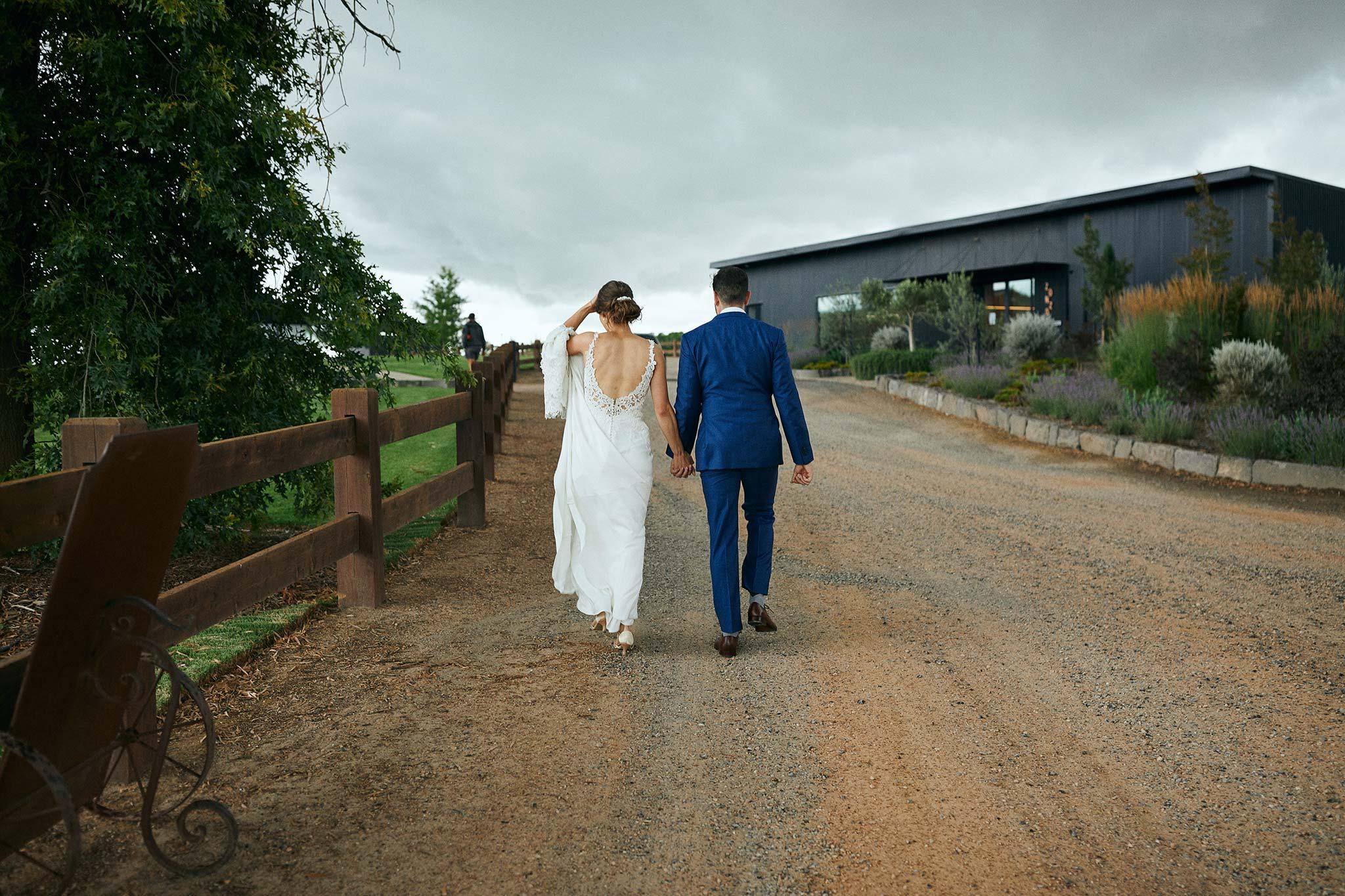 Zonzo estate wedding rain