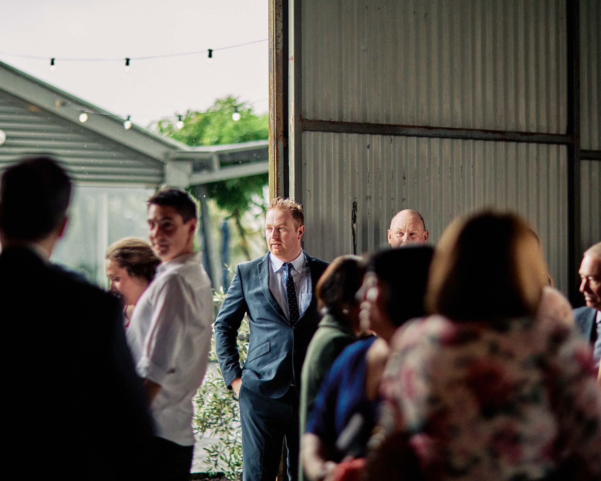 Zonzo estate wedding guests chatting