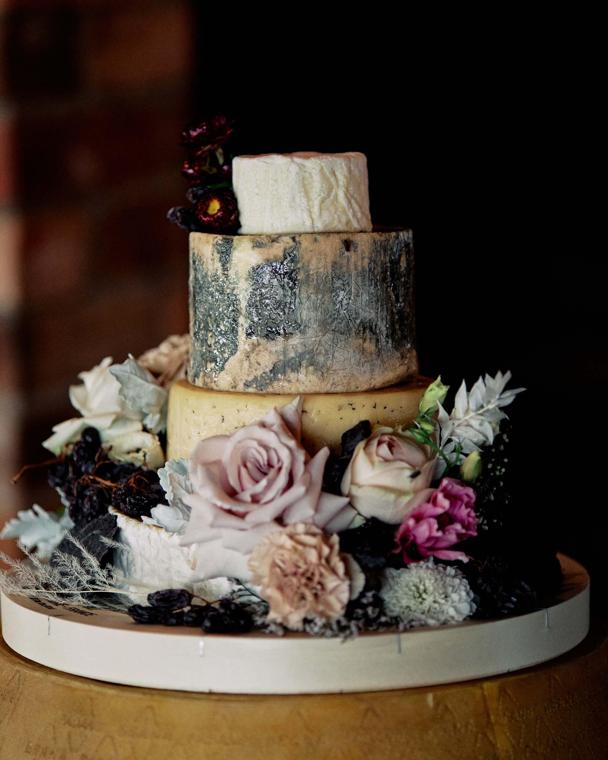 Zonzo estate wedding cake cheese