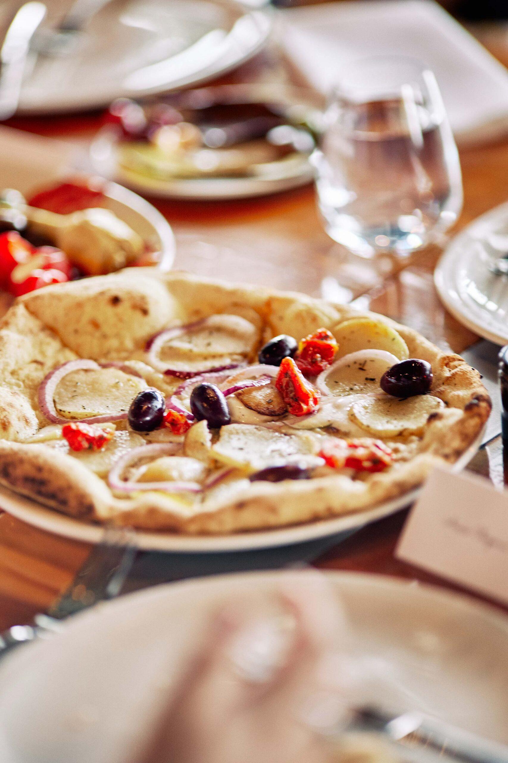 zonzo wedding photography entree reception pizza olive