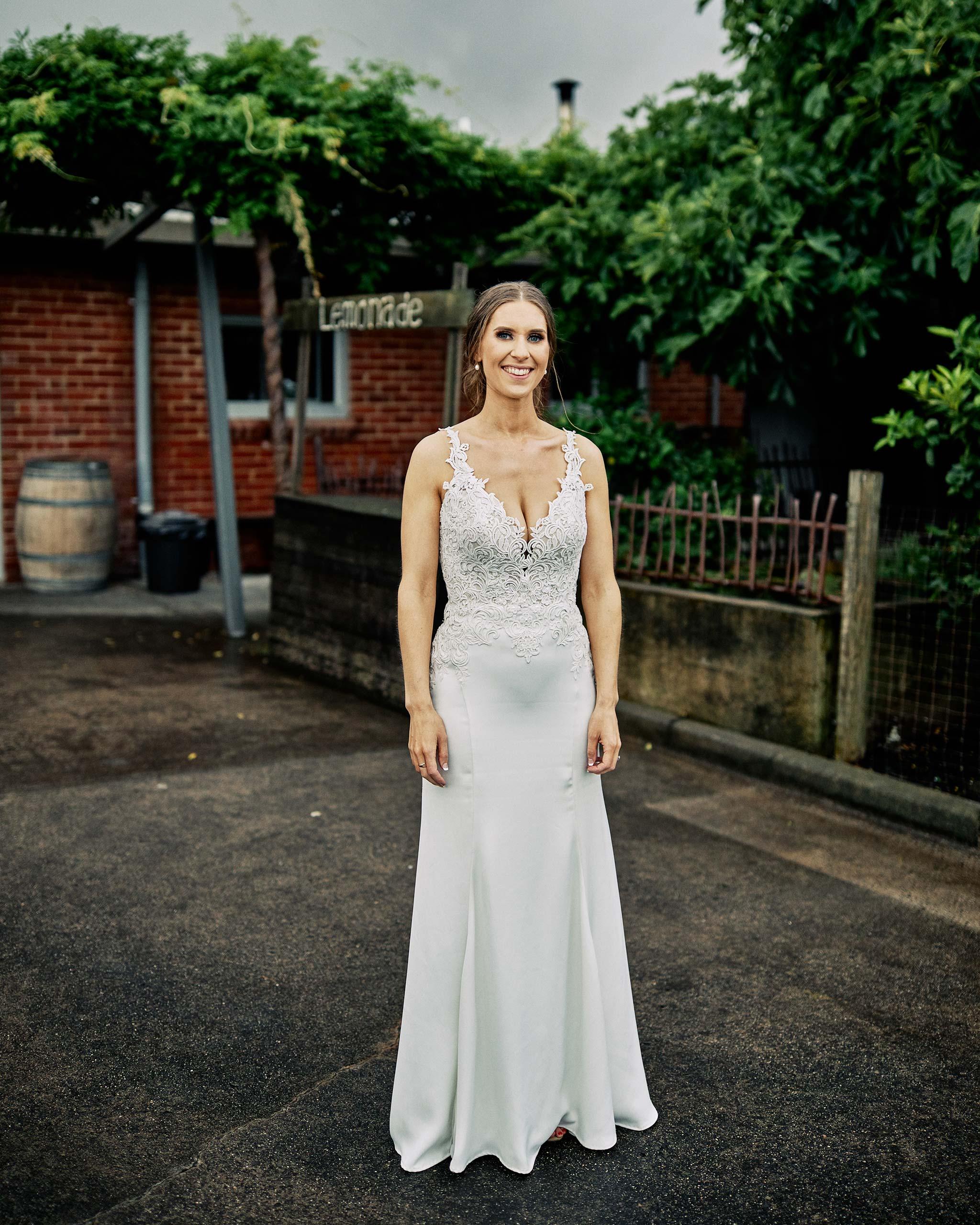 zonzo wedding photography reception bride full portrait